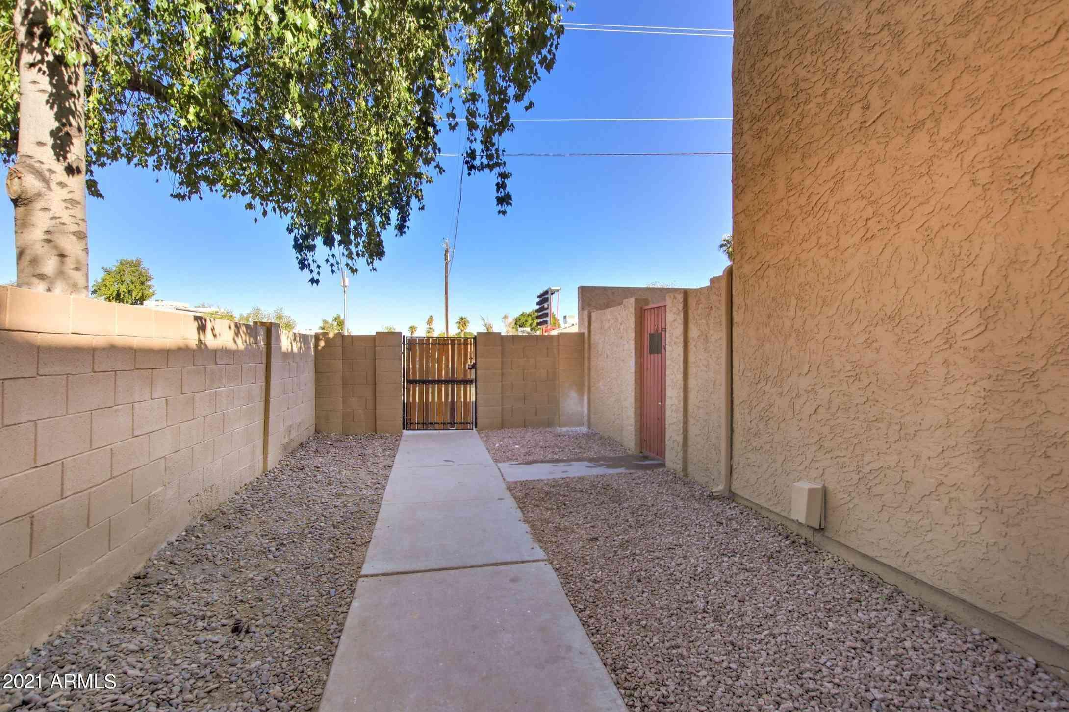 948 S ALMA SCHOOL Road #2, Mesa, AZ, 85201,