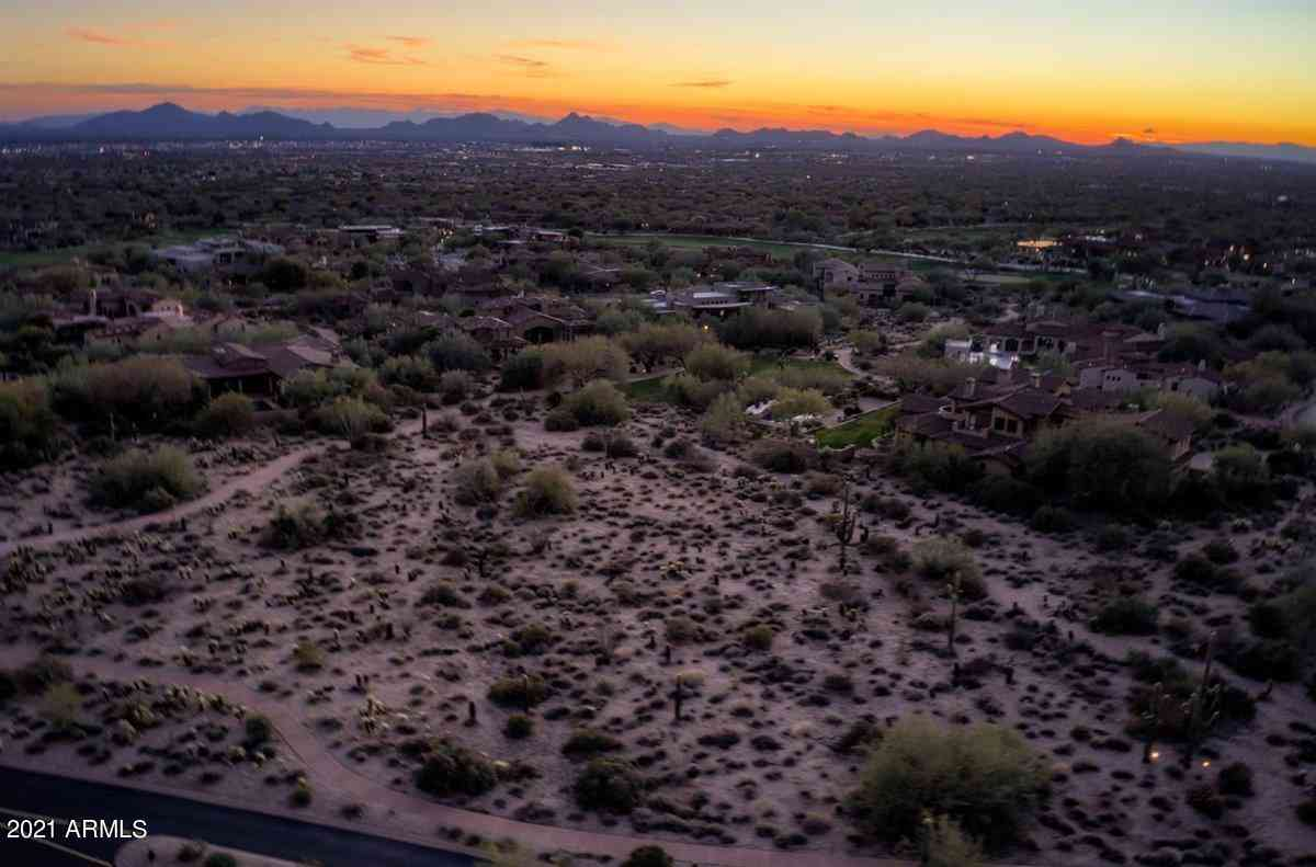 9820 E THOMPSON PEAK Parkway #713, Scottsdale, AZ, 85255,