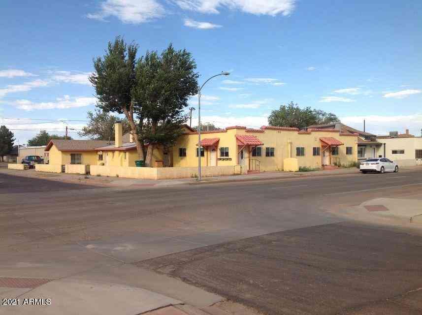 420 W 2ND Street, Winslow, AZ, 86047,