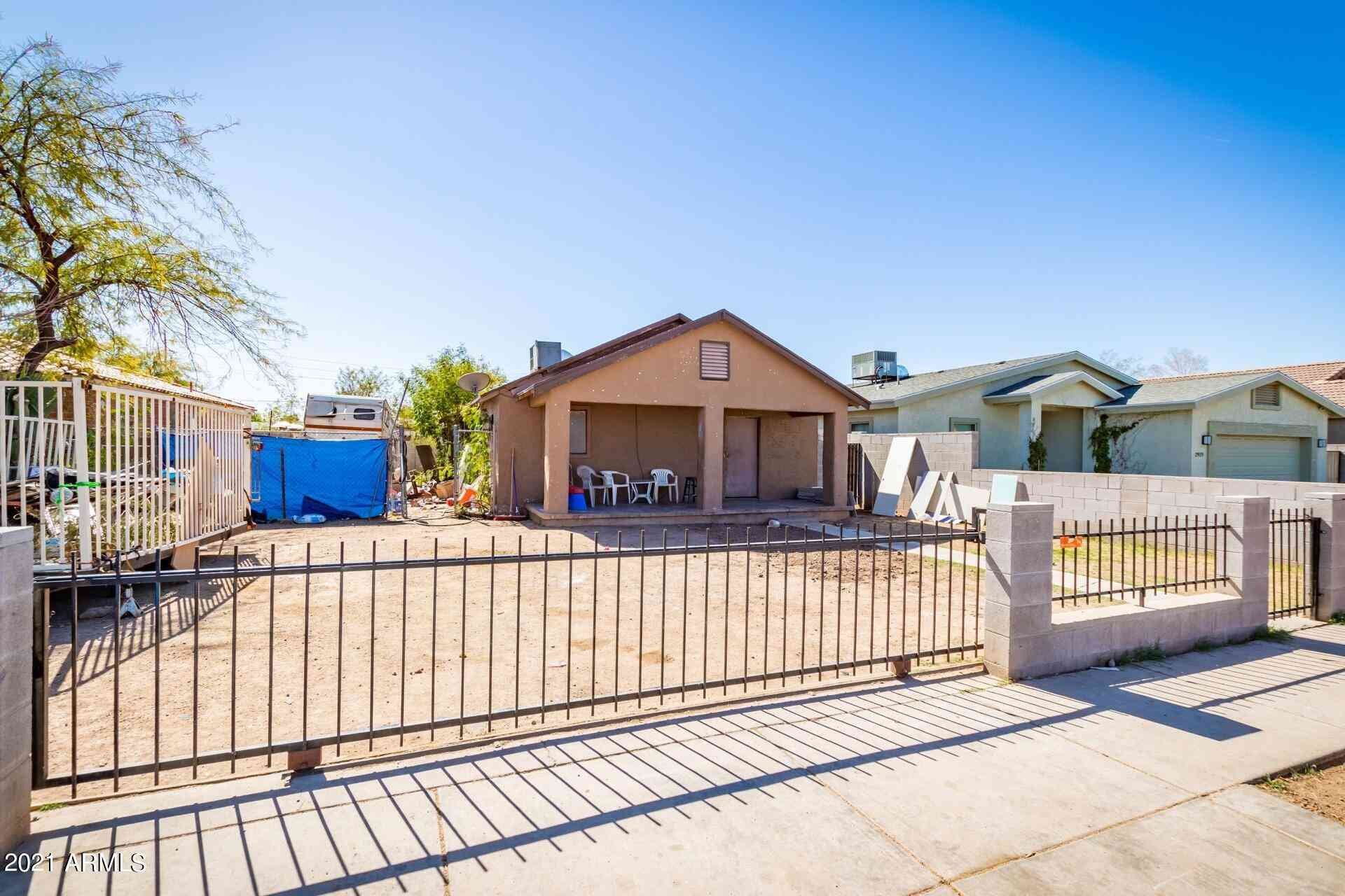 2921 E MONROE Street, Phoenix, AZ, 85034,