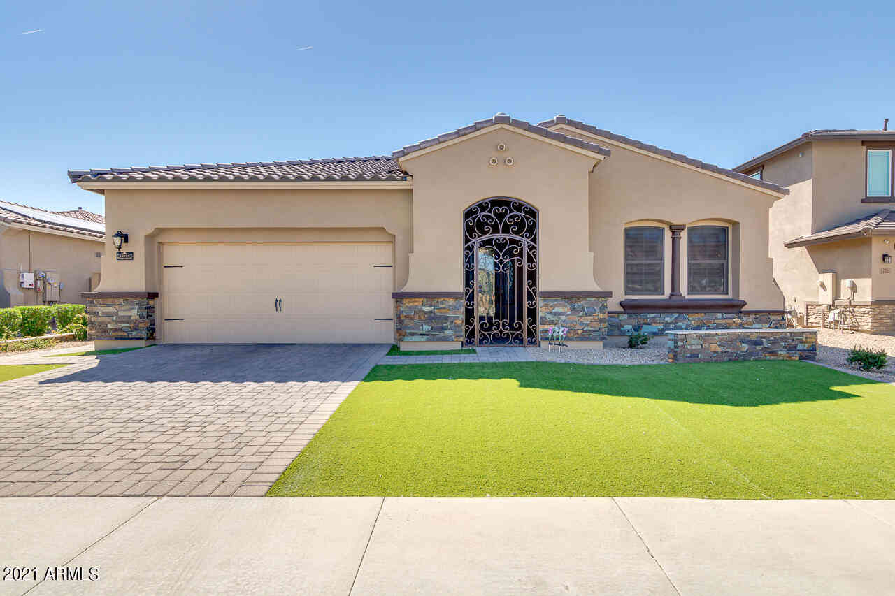 14619 W PASADENA Avenue, Litchfield Park, AZ, 85340,