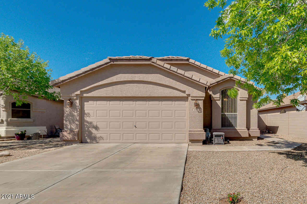 676 E DEVON Drive, Gilbert, AZ, 85296,