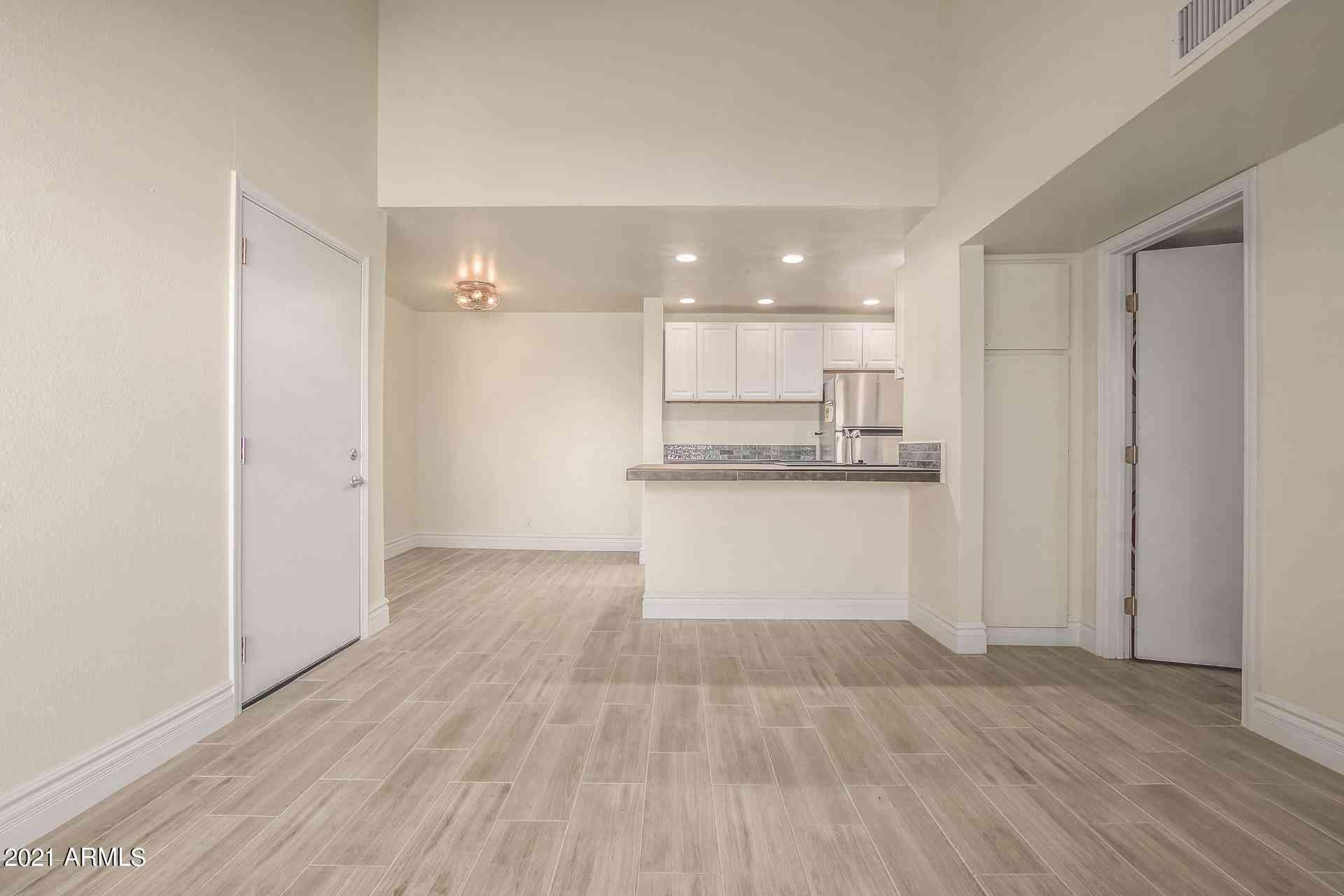 8055 E Thomas Road #C303, Scottsdale, AZ, 85251,