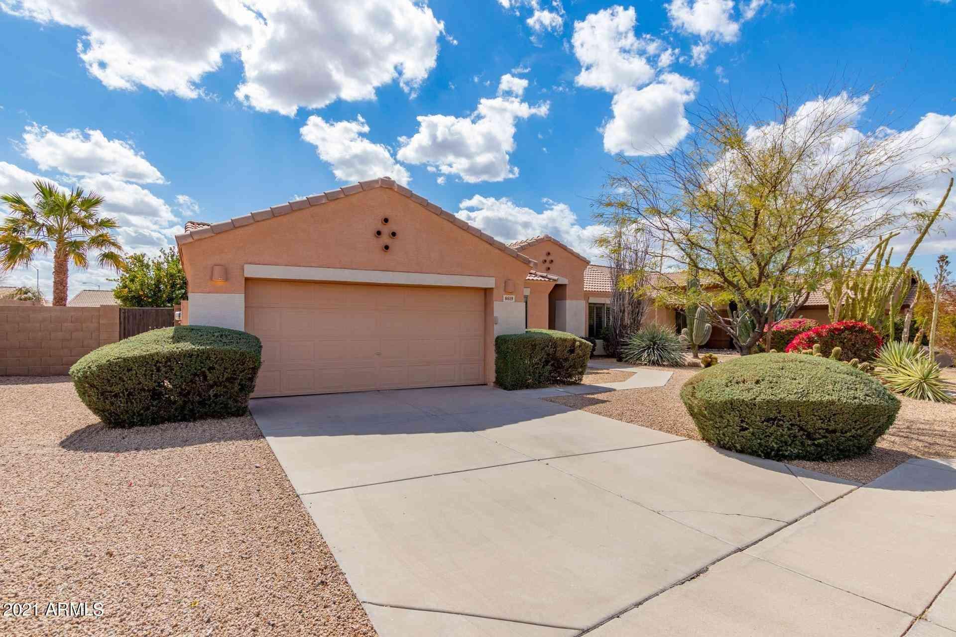 8619 E ONZA Circle, Mesa, AZ, 85212,
