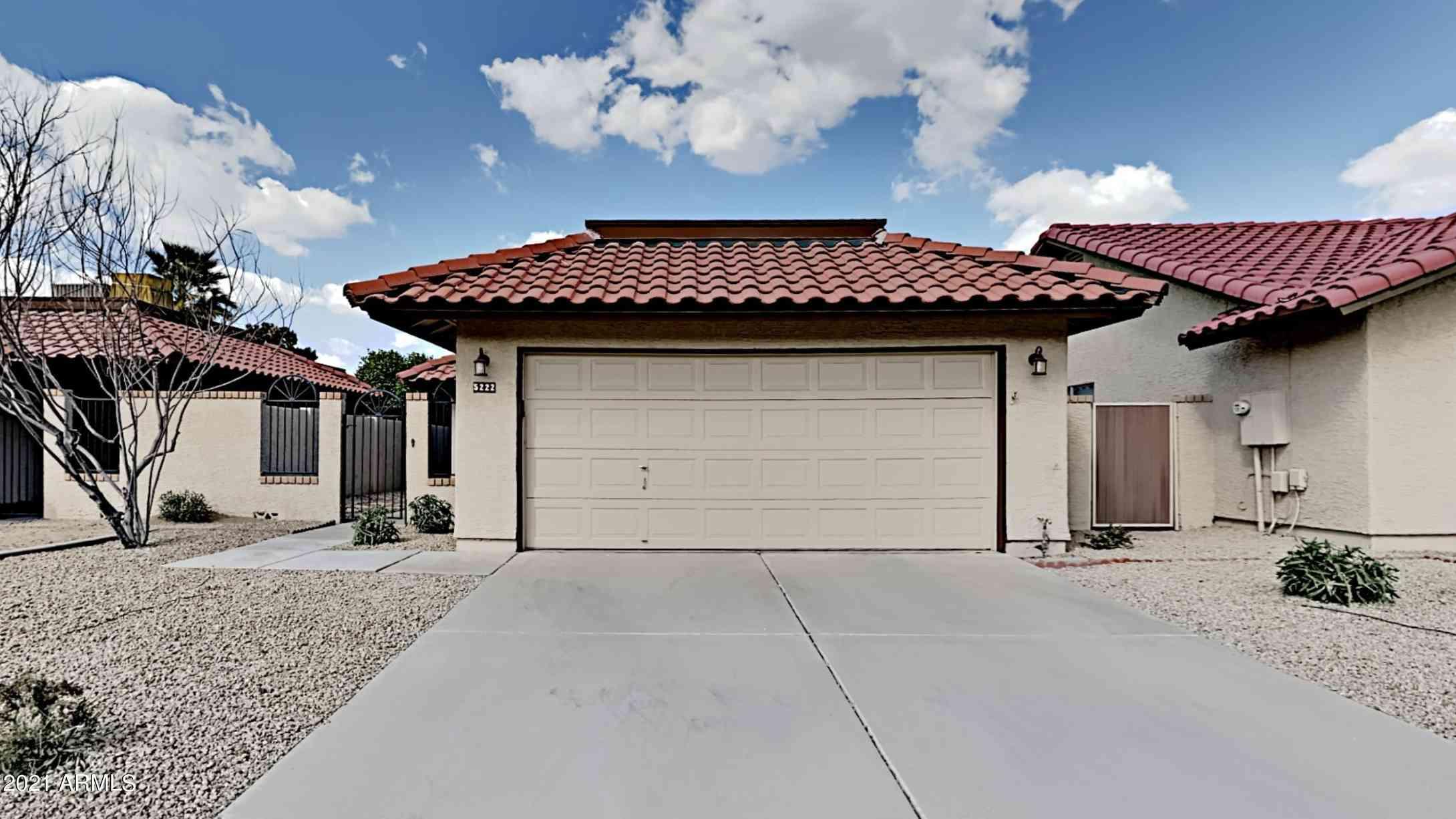 5222 E HALF MOON Drive, Phoenix, AZ, 85044,