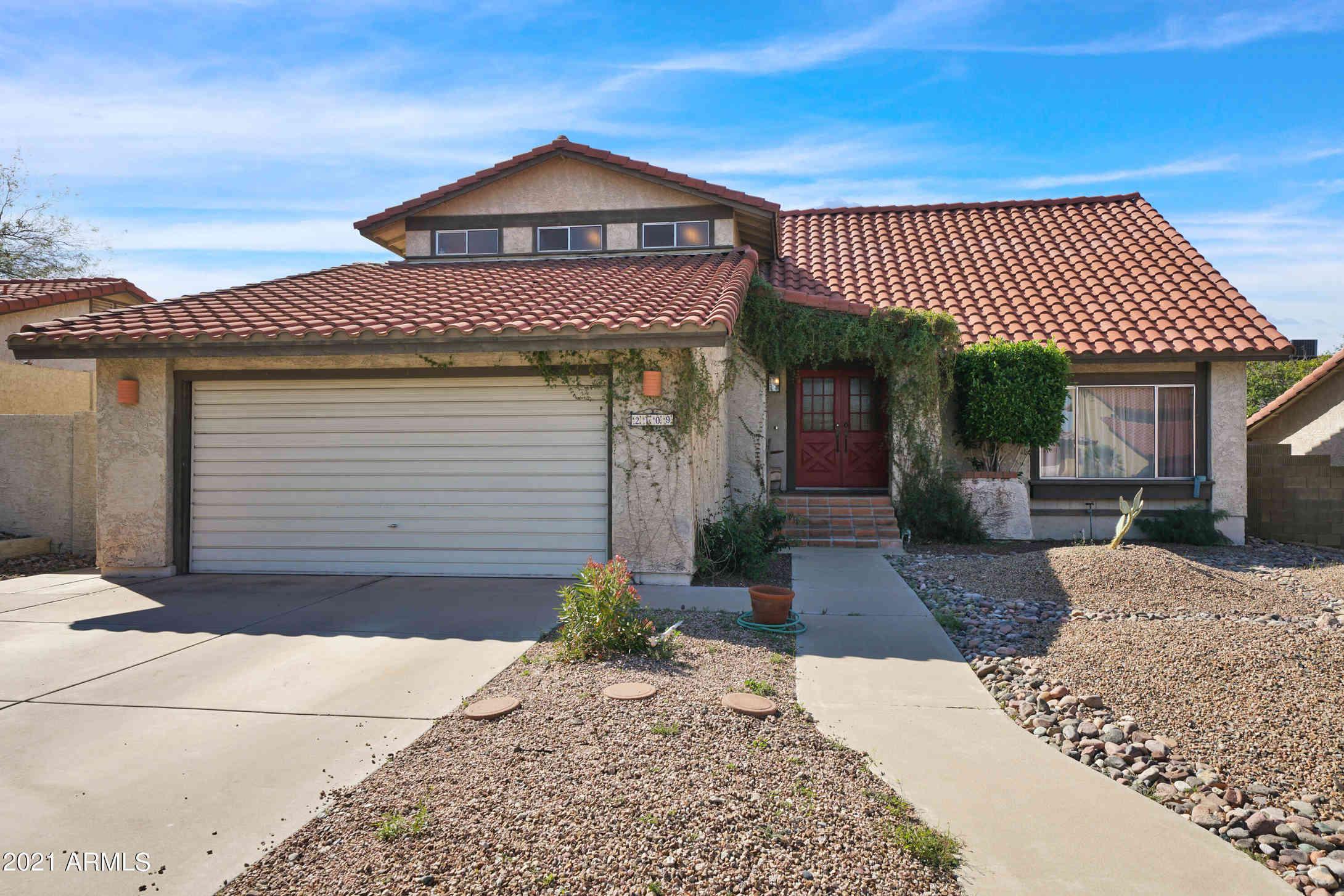 2109 E SHEENA Drive, Phoenix, AZ, 85022,