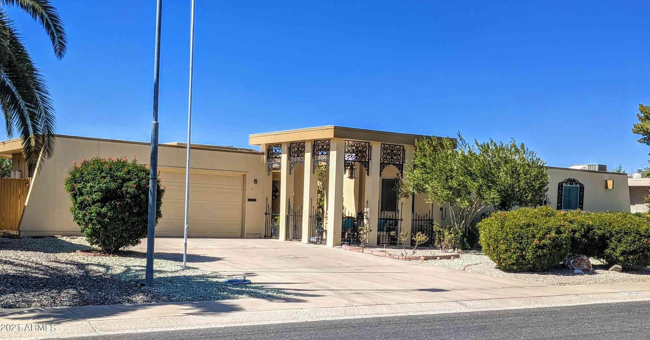 16406 N DESERT HOLLY Drive, Sun City, AZ, 85351,
