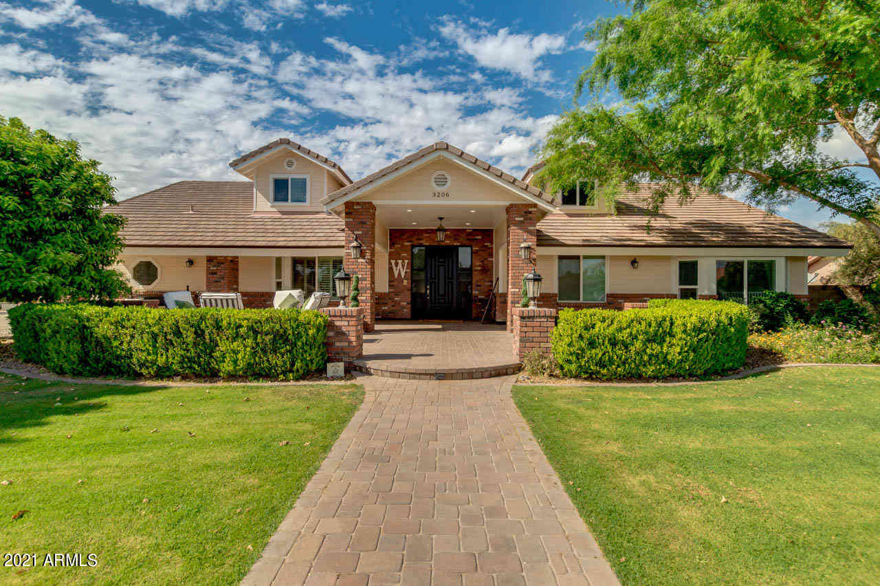 3206 E ENCANTO Street, Mesa, AZ, 85213,