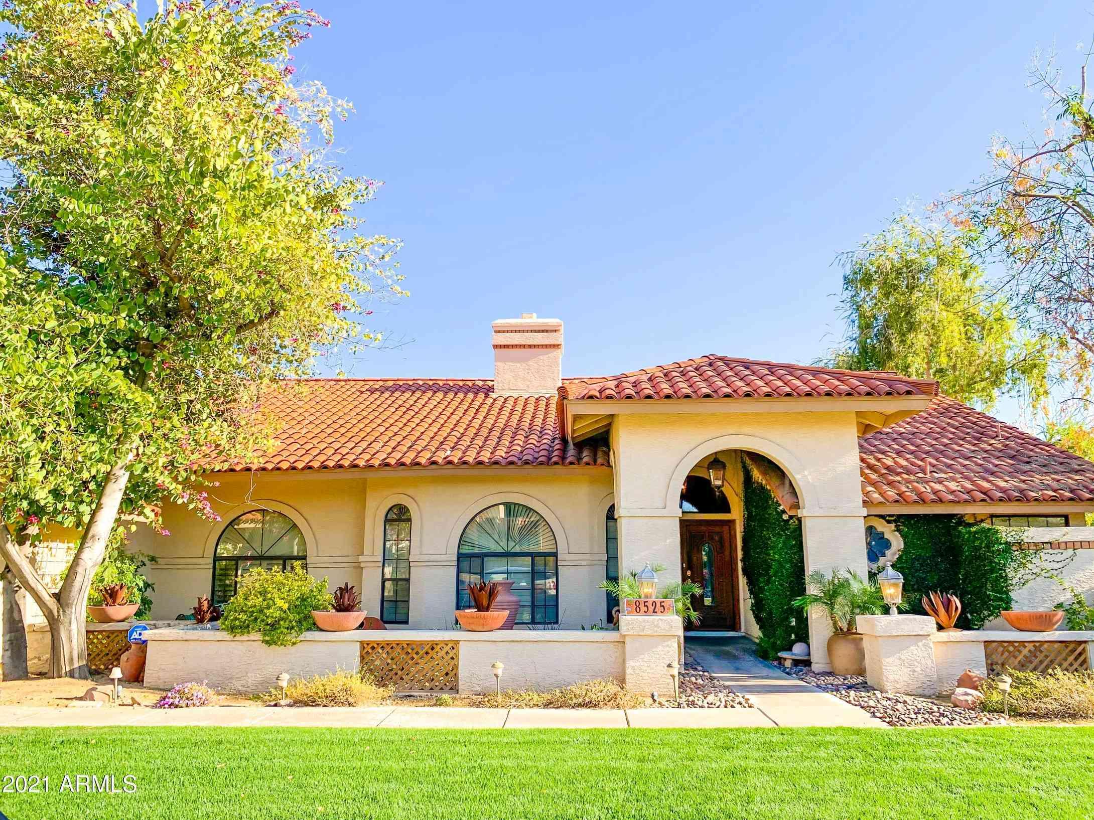 8525 E SAN LORENZO Drive, Scottsdale, AZ, 85258,