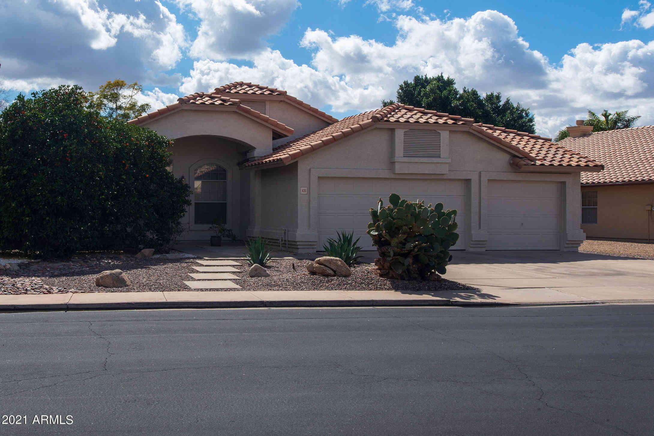 435 W MADERO Avenue, Mesa, AZ, 85210,