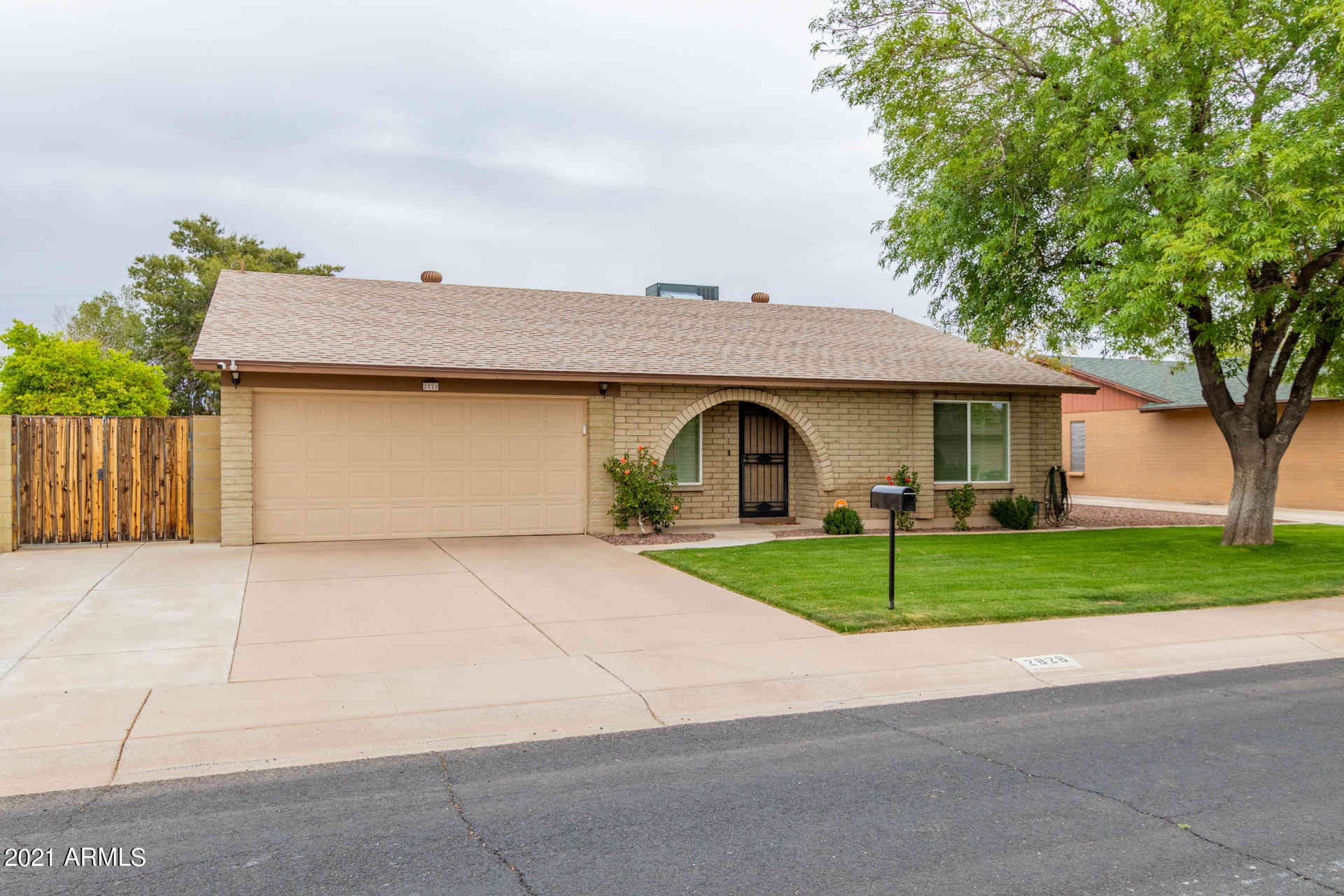 2828 W BLUEFIELD Avenue, Phoenix, AZ, 85053,