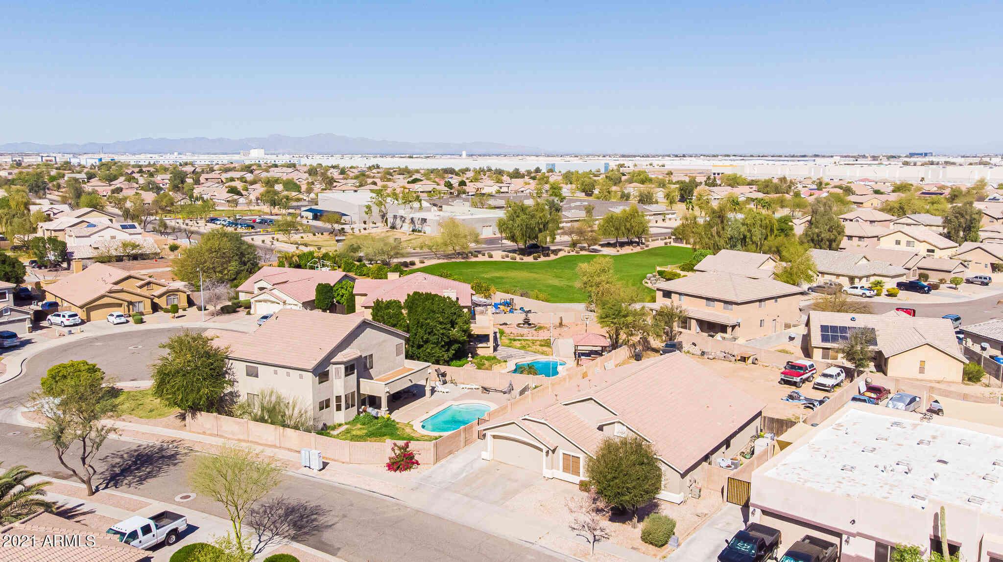 8020 W HESS Avenue, Phoenix, AZ, 85043,