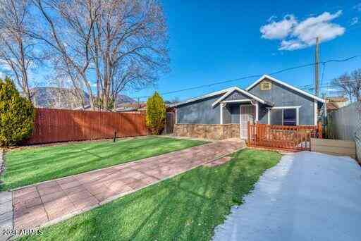 1530 N CENTER Street, Flagstaff, AZ, 86004,