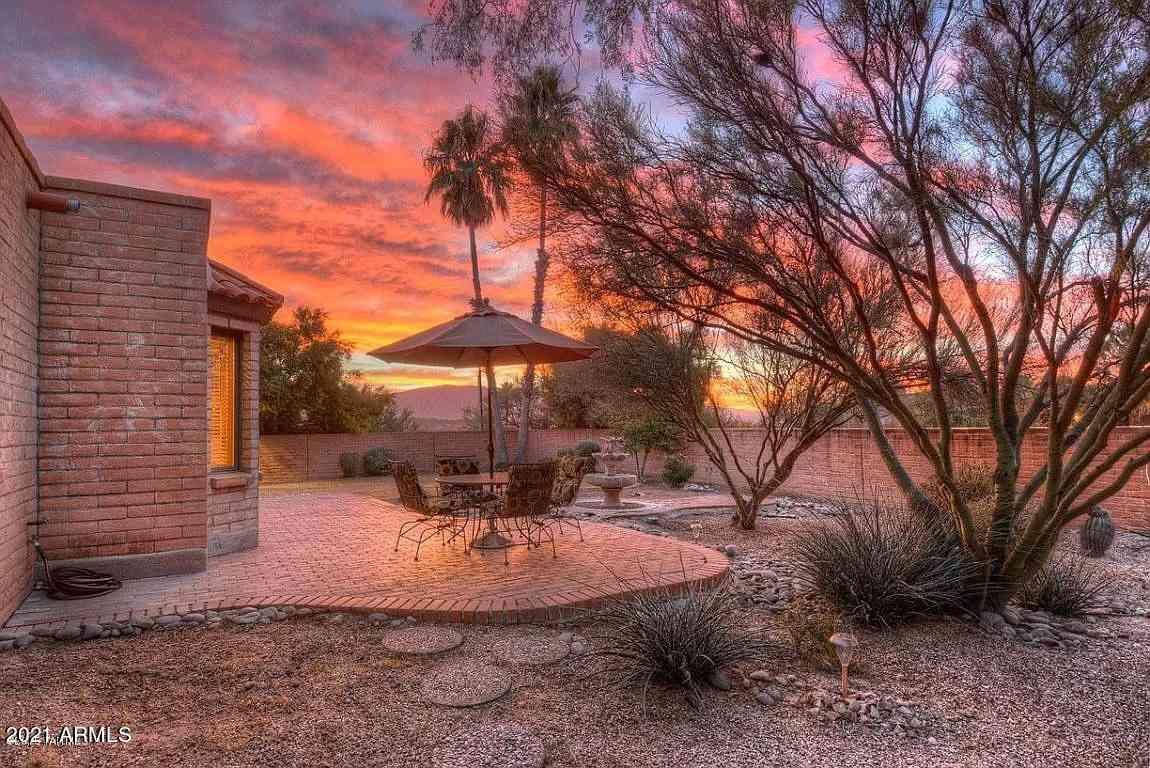 8290 E BROOKWOOD Drive, Tucson, AZ, 85750,