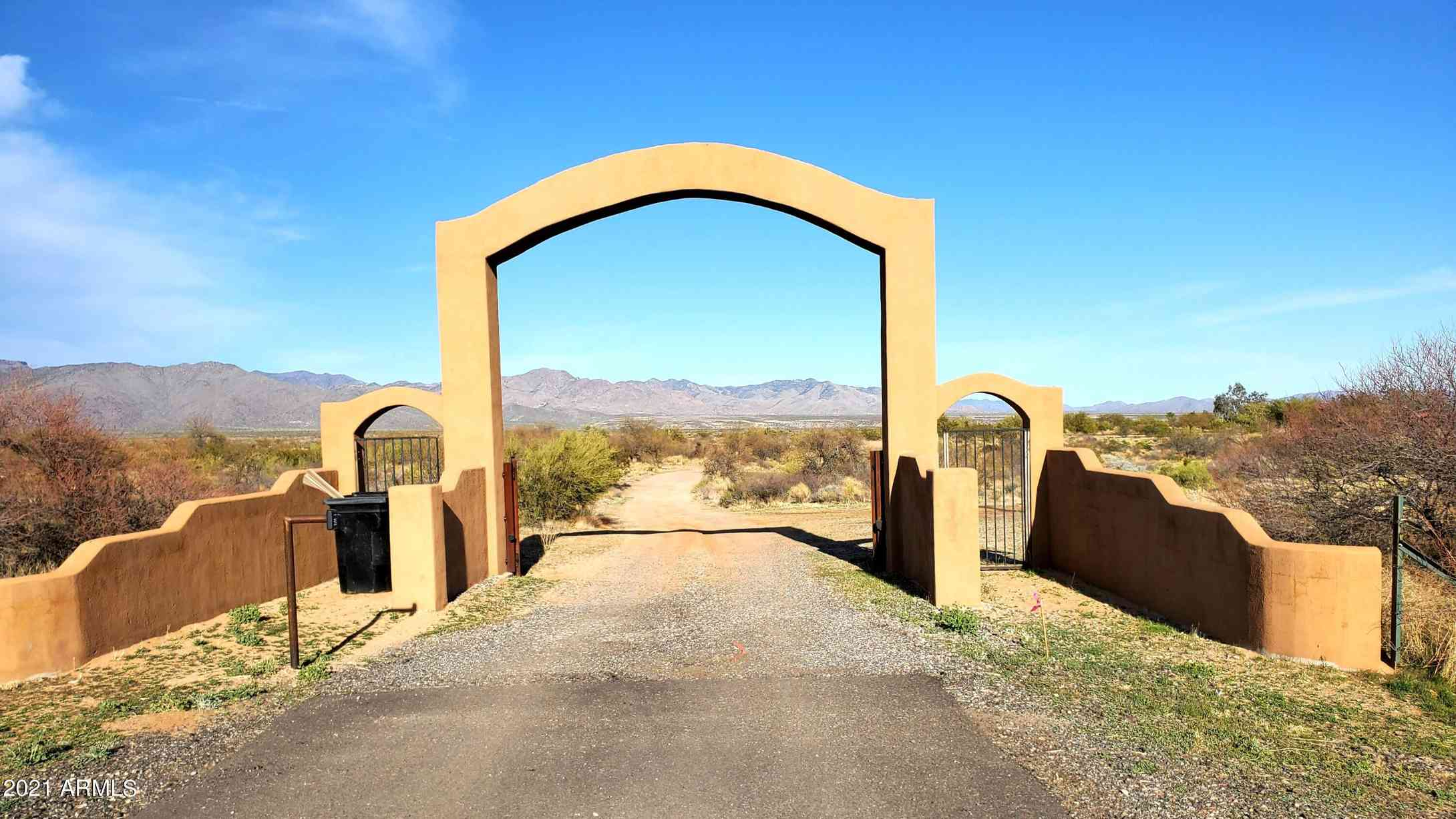 28425 S STATE ROUTE 89 Highway, Congress, AZ, 85332,