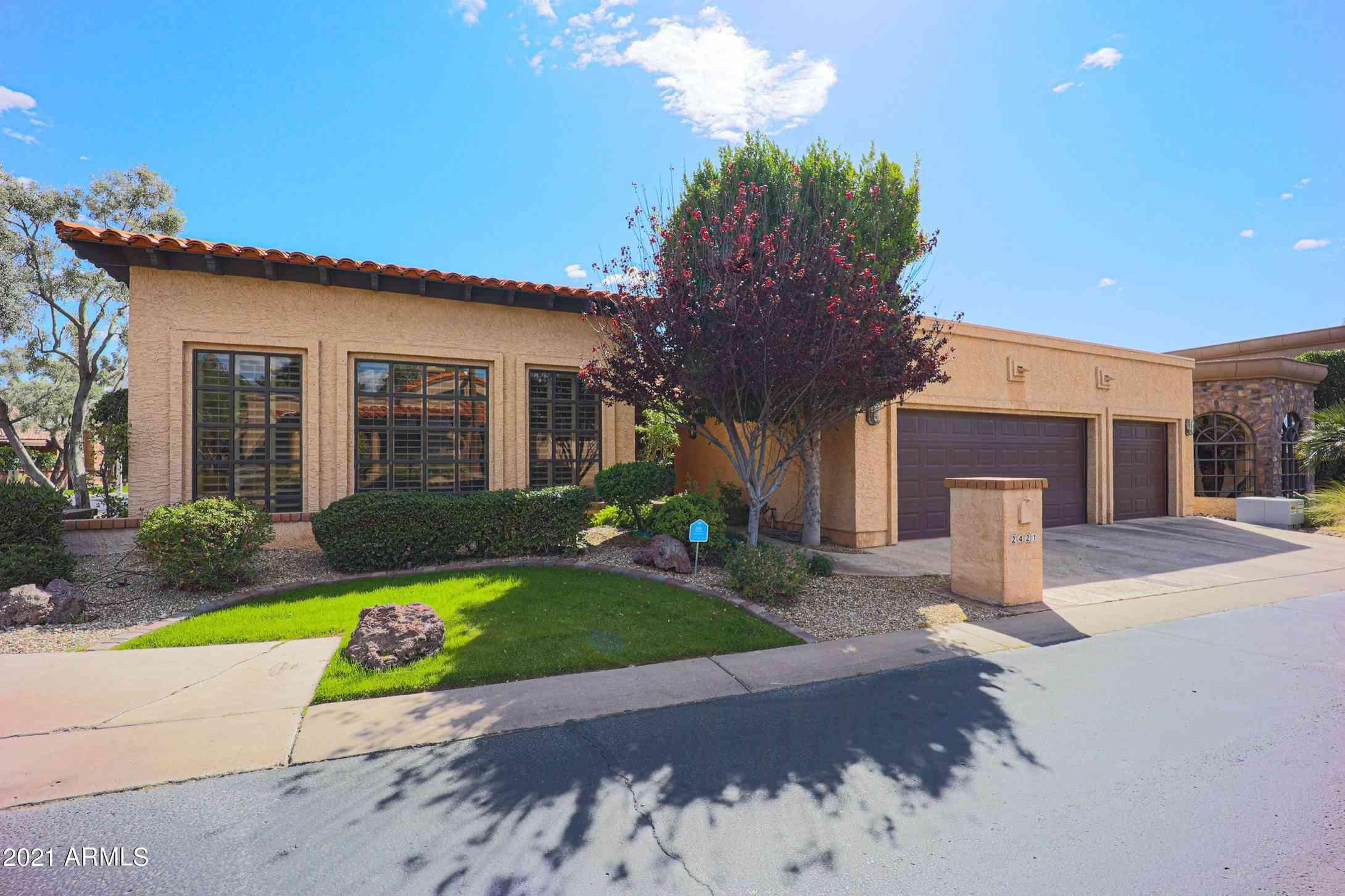 2421 E MONTEBELLO Avenue, Phoenix, AZ, 85016,