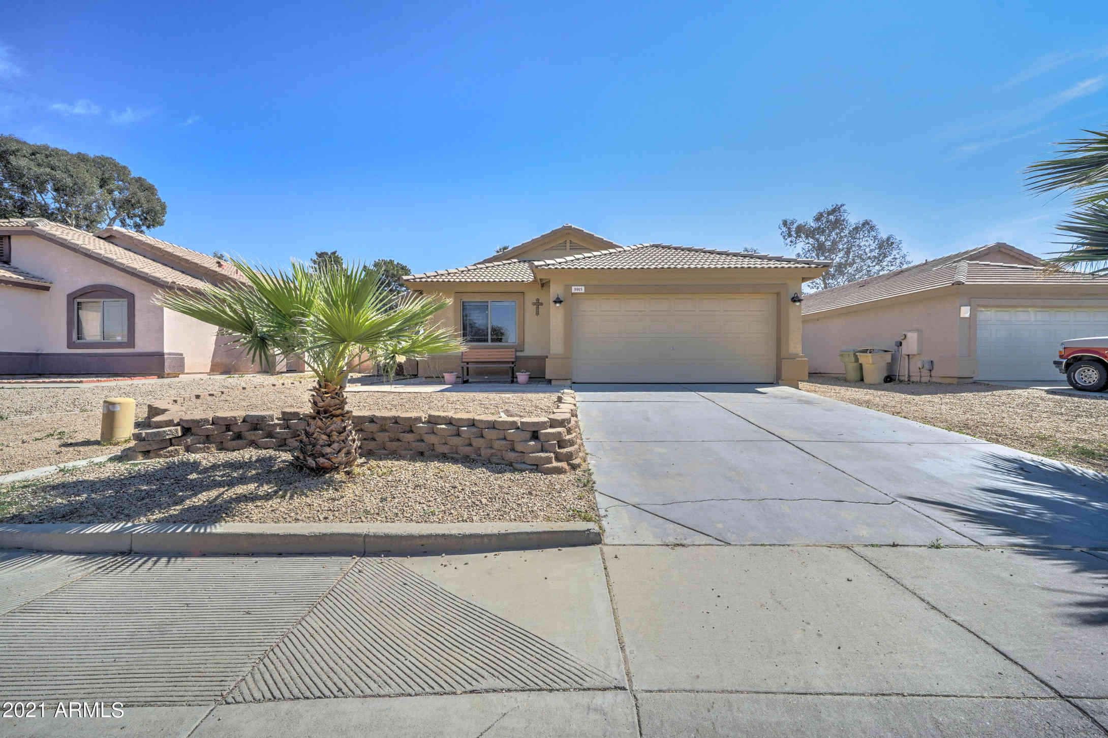 5915 N 68th Avenue, Glendale, AZ, 85303,