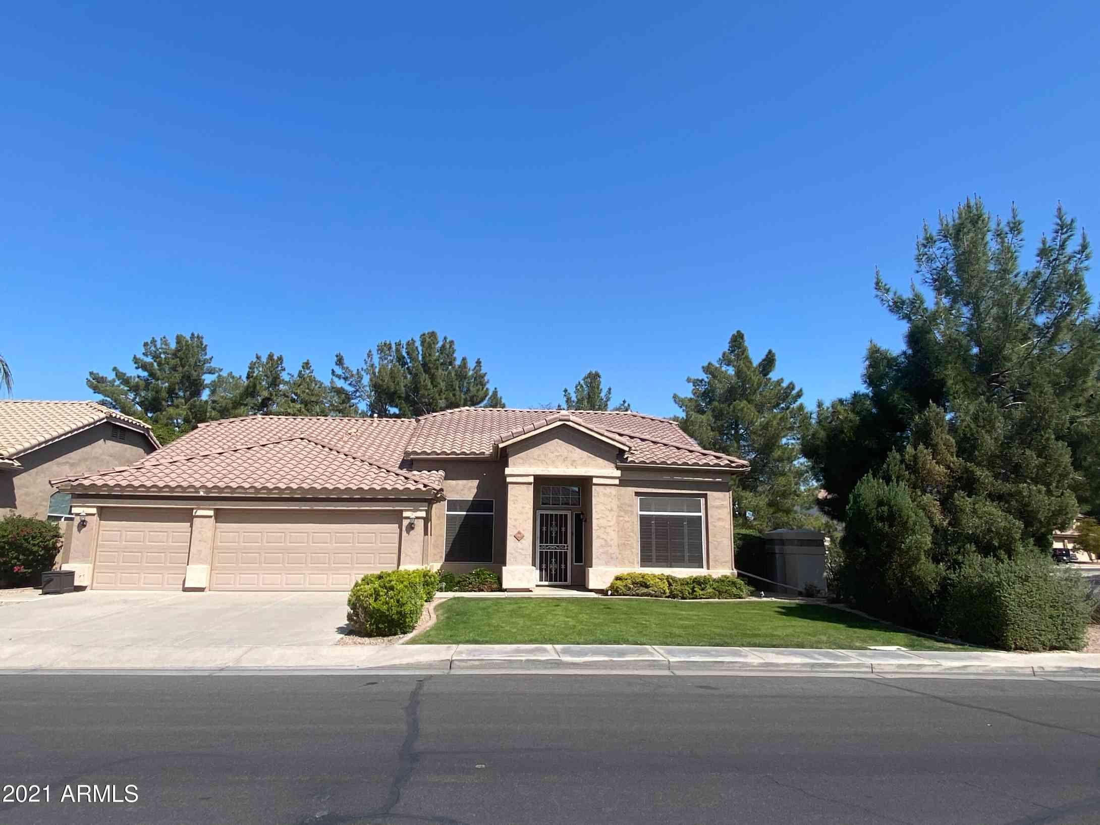 702 W STANFORD Avenue, Gilbert, AZ, 85233,