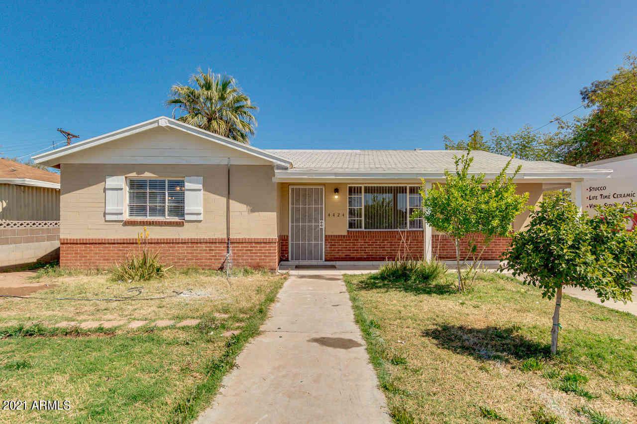 4424 W MITCHELL Drive, Phoenix, AZ, 85031,
