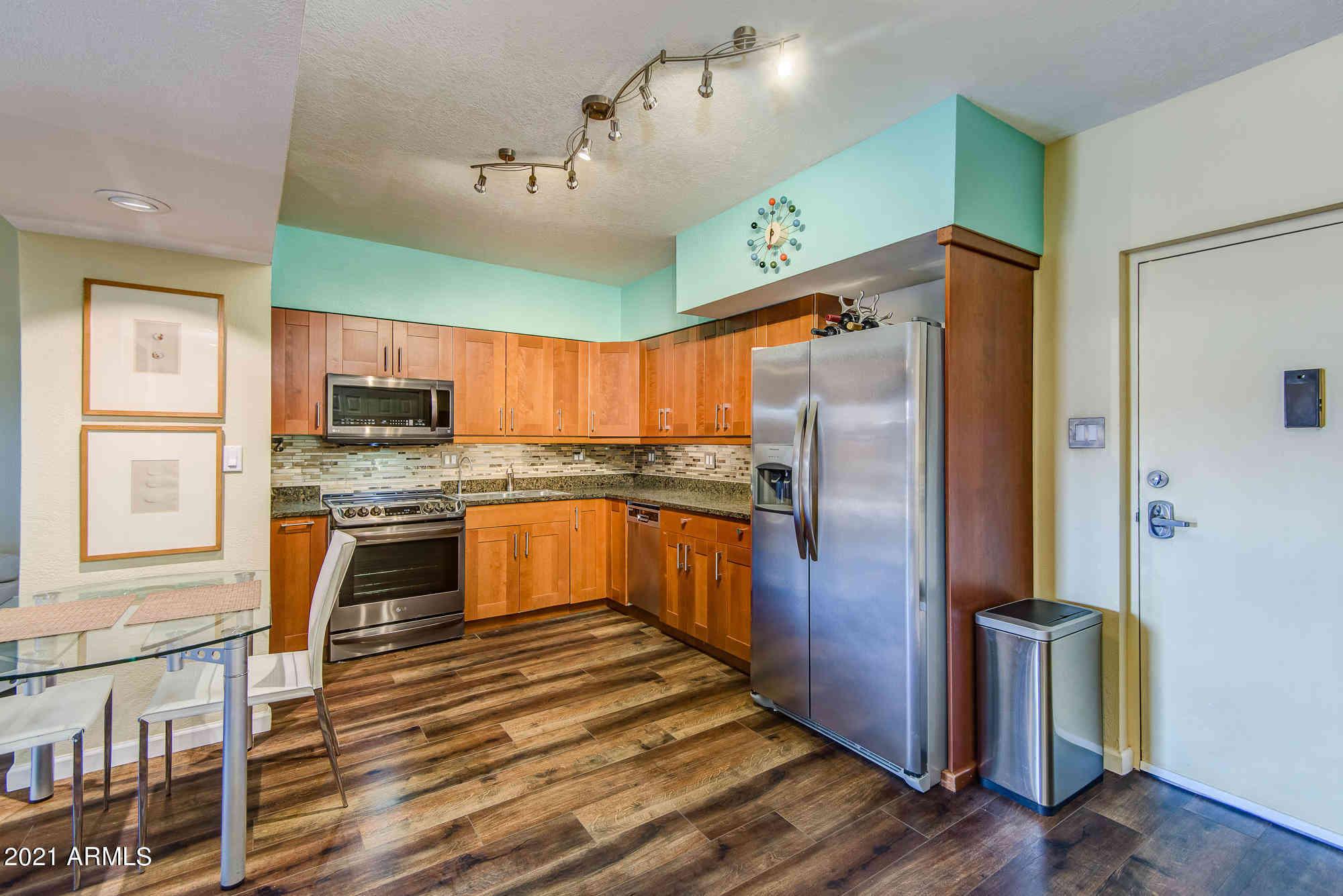 357 E THOMAS Road #A101, Phoenix, AZ, 85012,