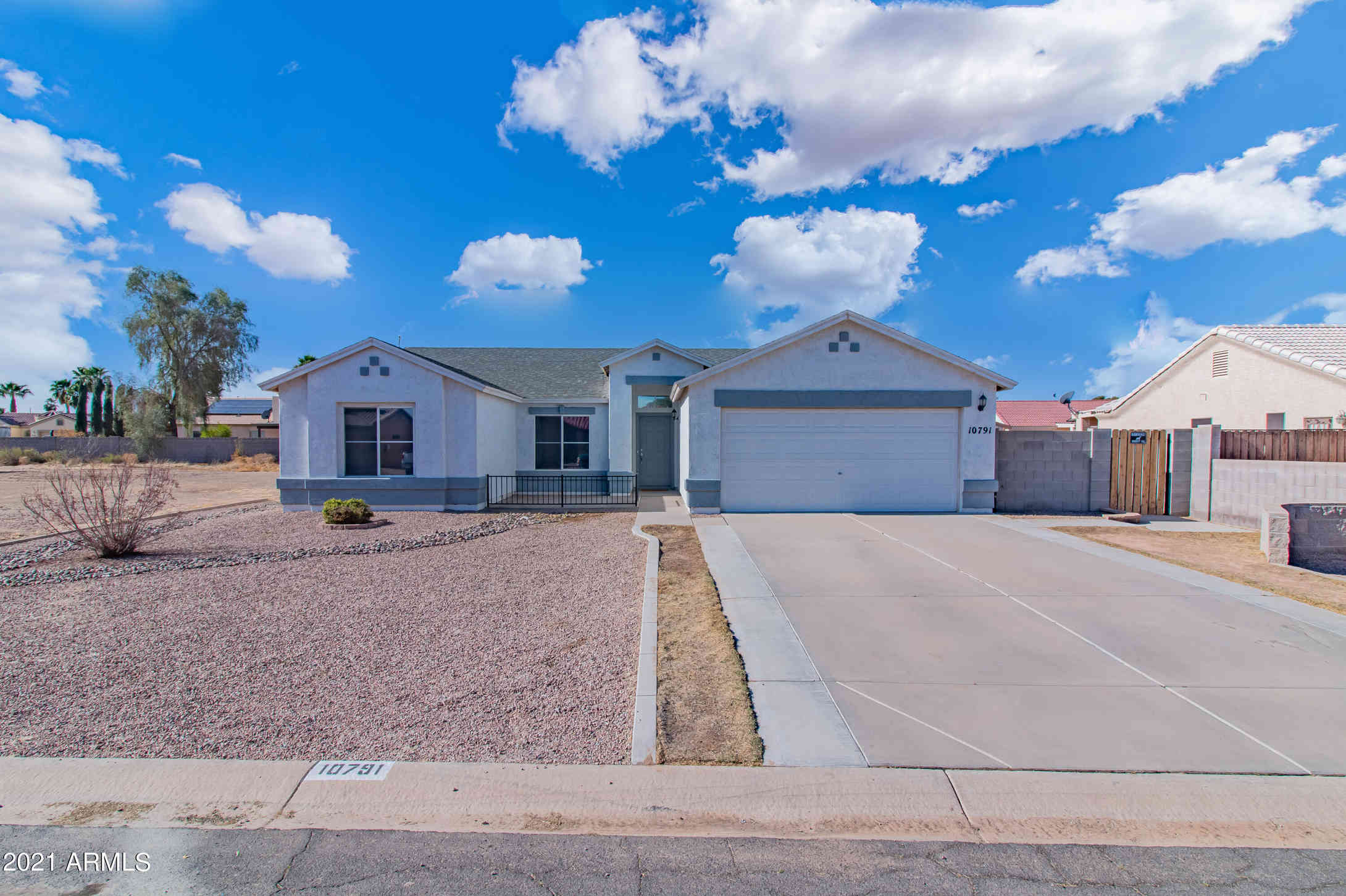 10791 W COVE Drive, Arizona City, AZ, 85123,