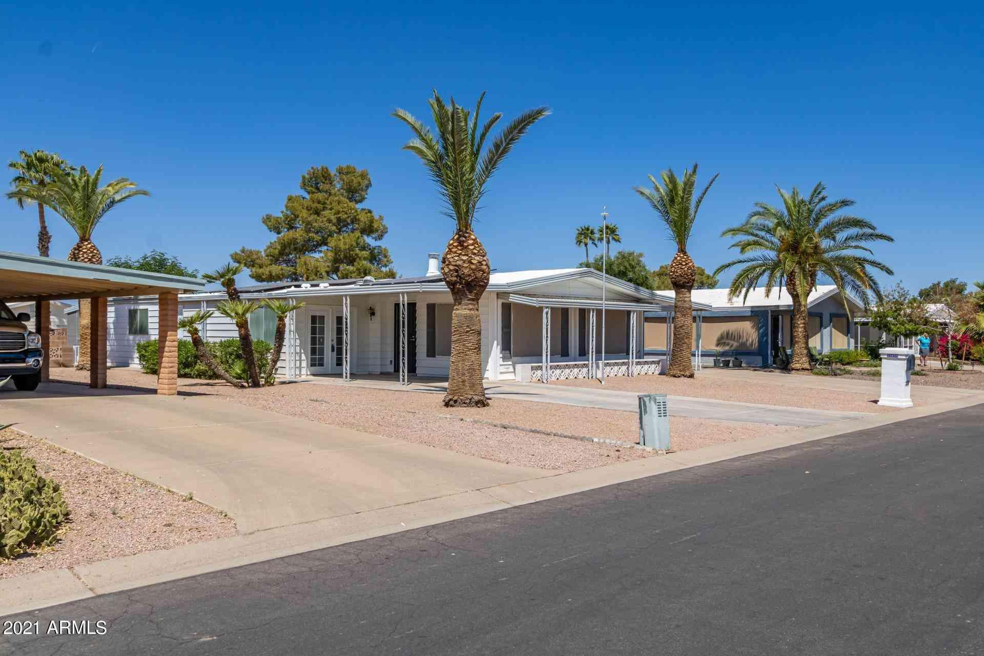 25850 S MONTANA Avenue, Sun Lakes, AZ, 85248,