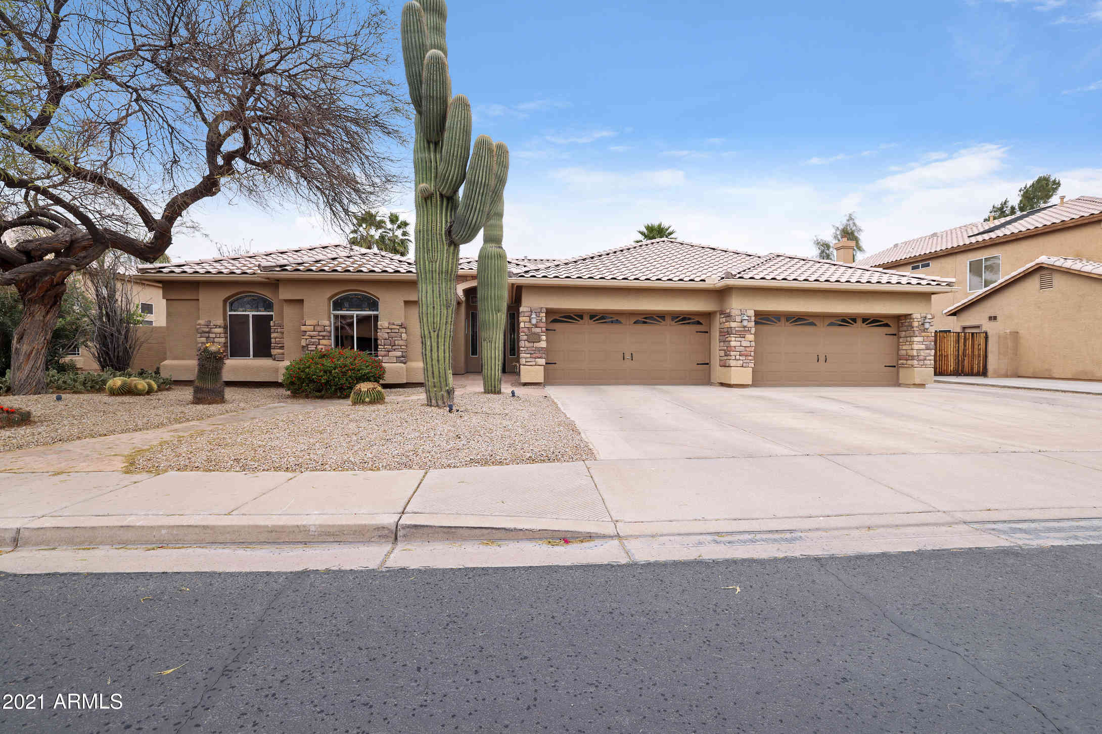 2088 E SIERRA MADRE Avenue, Gilbert, AZ, 85296,