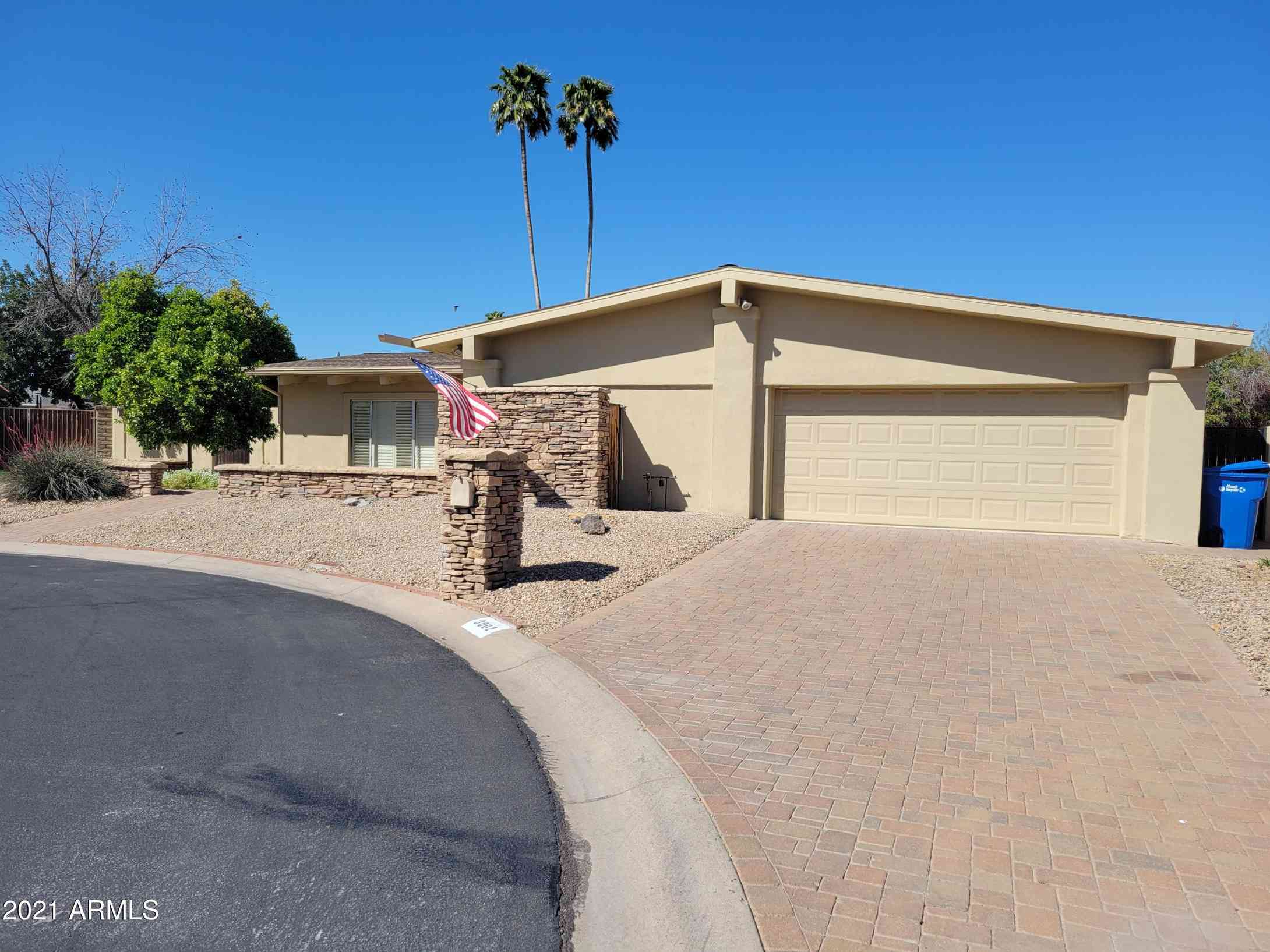 3002 E GOLDEN VISTA Lane, Phoenix, AZ, 85028,