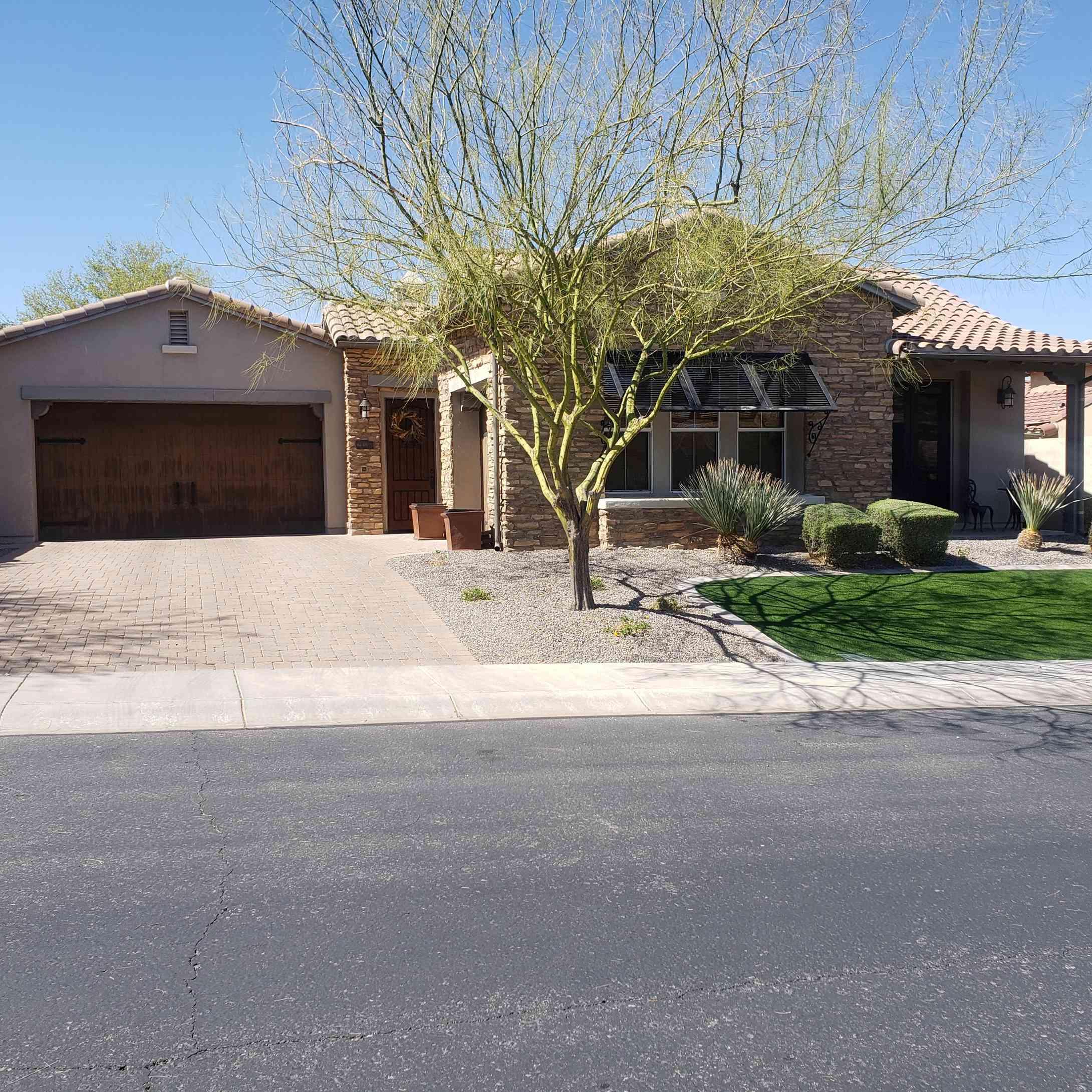 28526 N 68TH Avenue, Peoria, AZ, 85383,