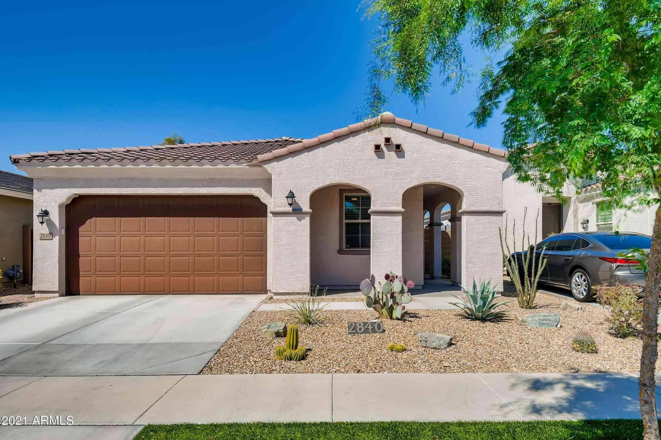 2840 E SUNLAND Avenue, Phoenix, AZ, 85040,
