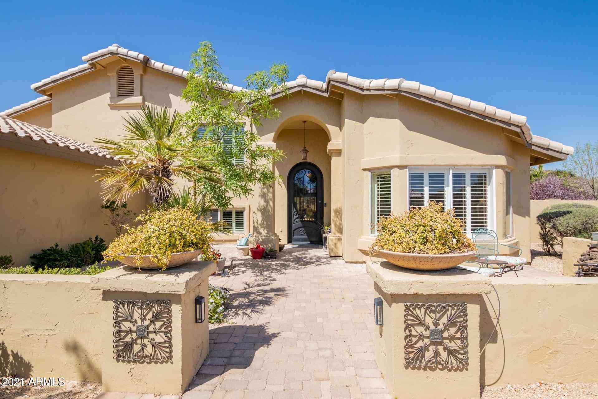 4926 W Saddlehorn Road, Phoenix, AZ, 85083,