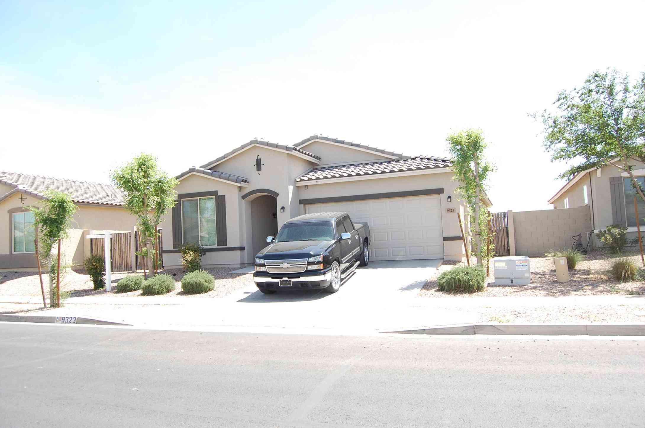 9323 W JONES Avenue, Tolleson, AZ, 85353,