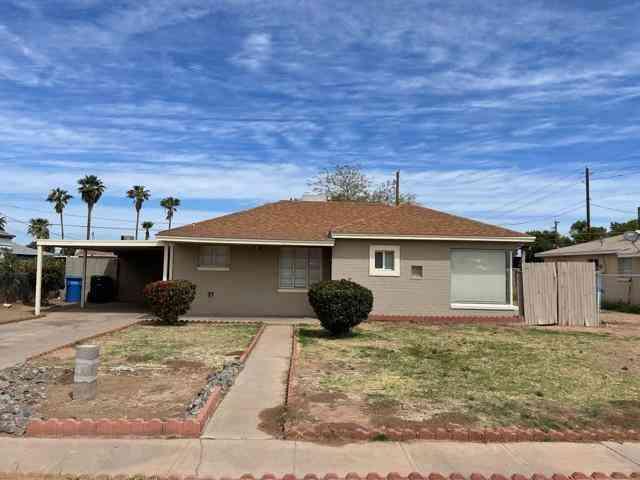 2148 E PARKWAY Drive, Phoenix, AZ, 85040,