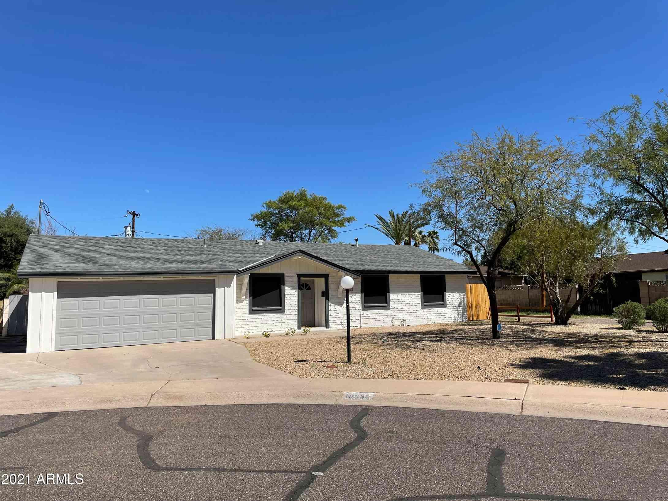 10833 N 38TH Place, Phoenix, AZ, 85028,