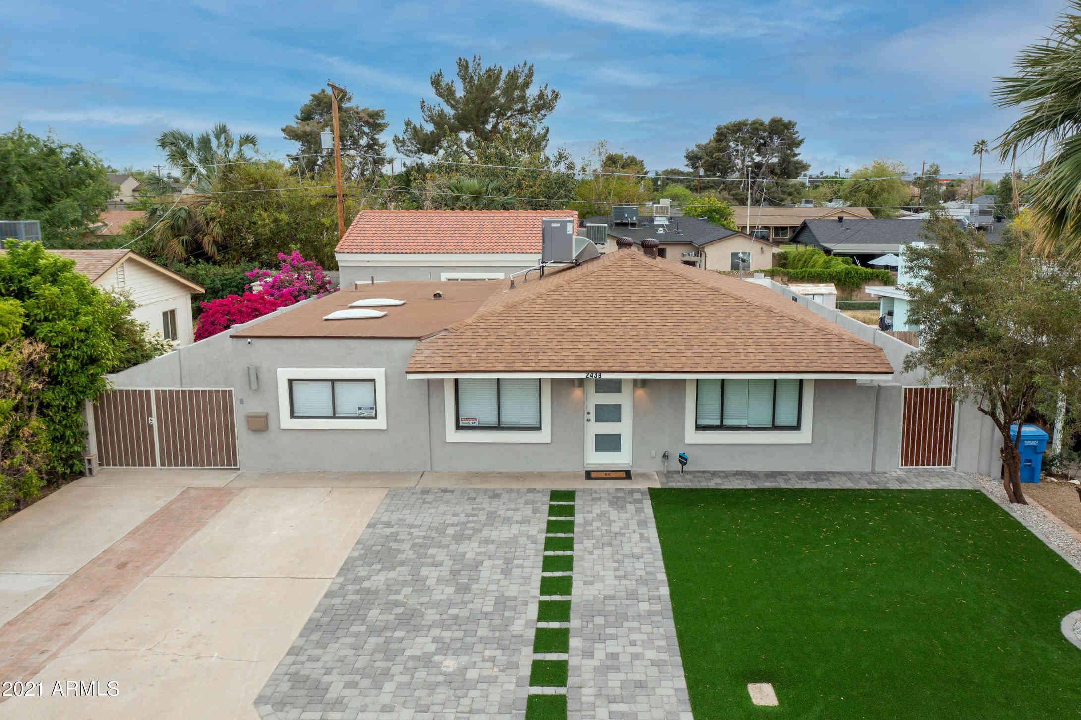 2439 E COOLIDGE Street, Phoenix, AZ, 85016,