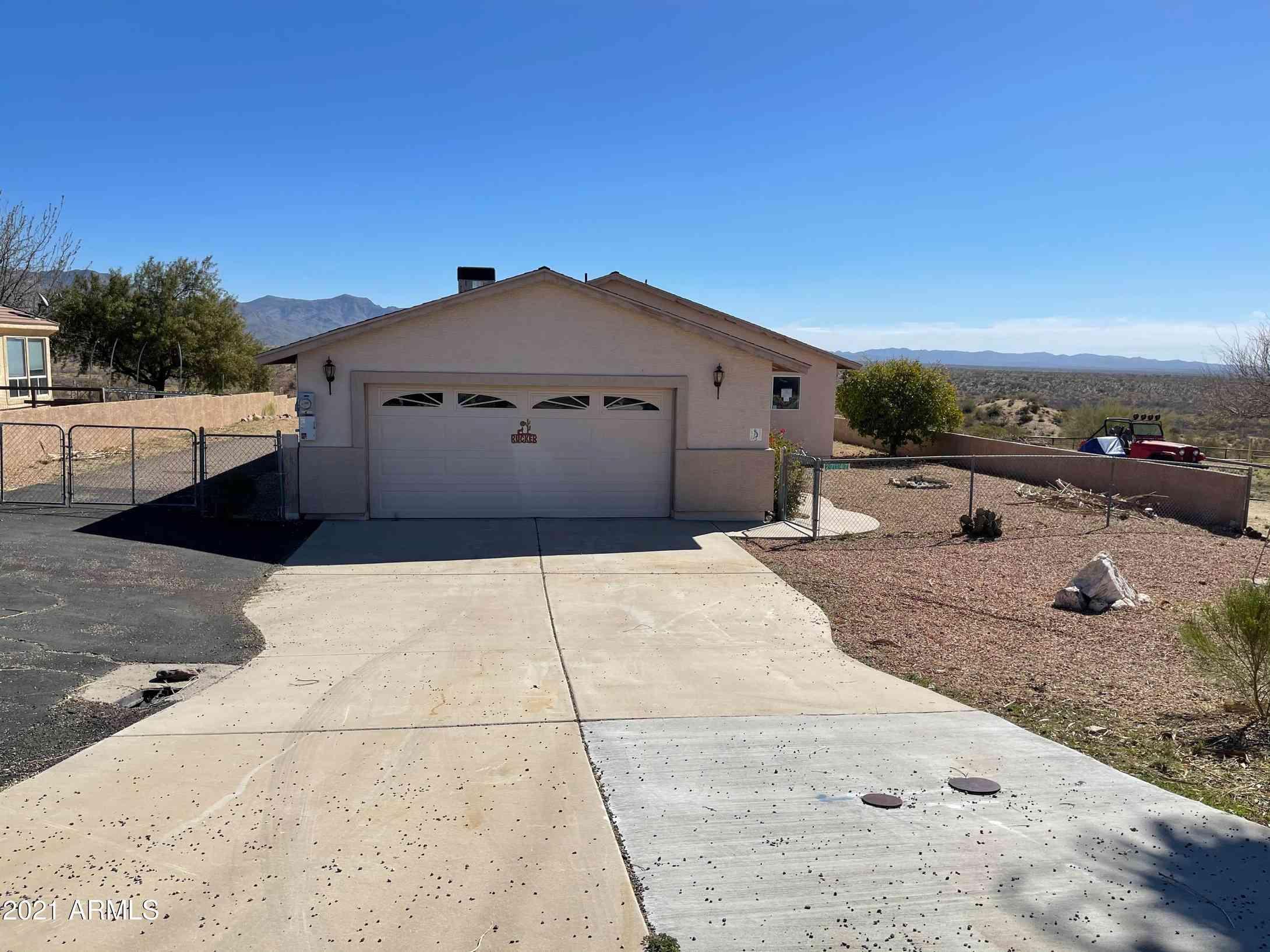 27147 S BENNETT Way, Congress, AZ, 85332,