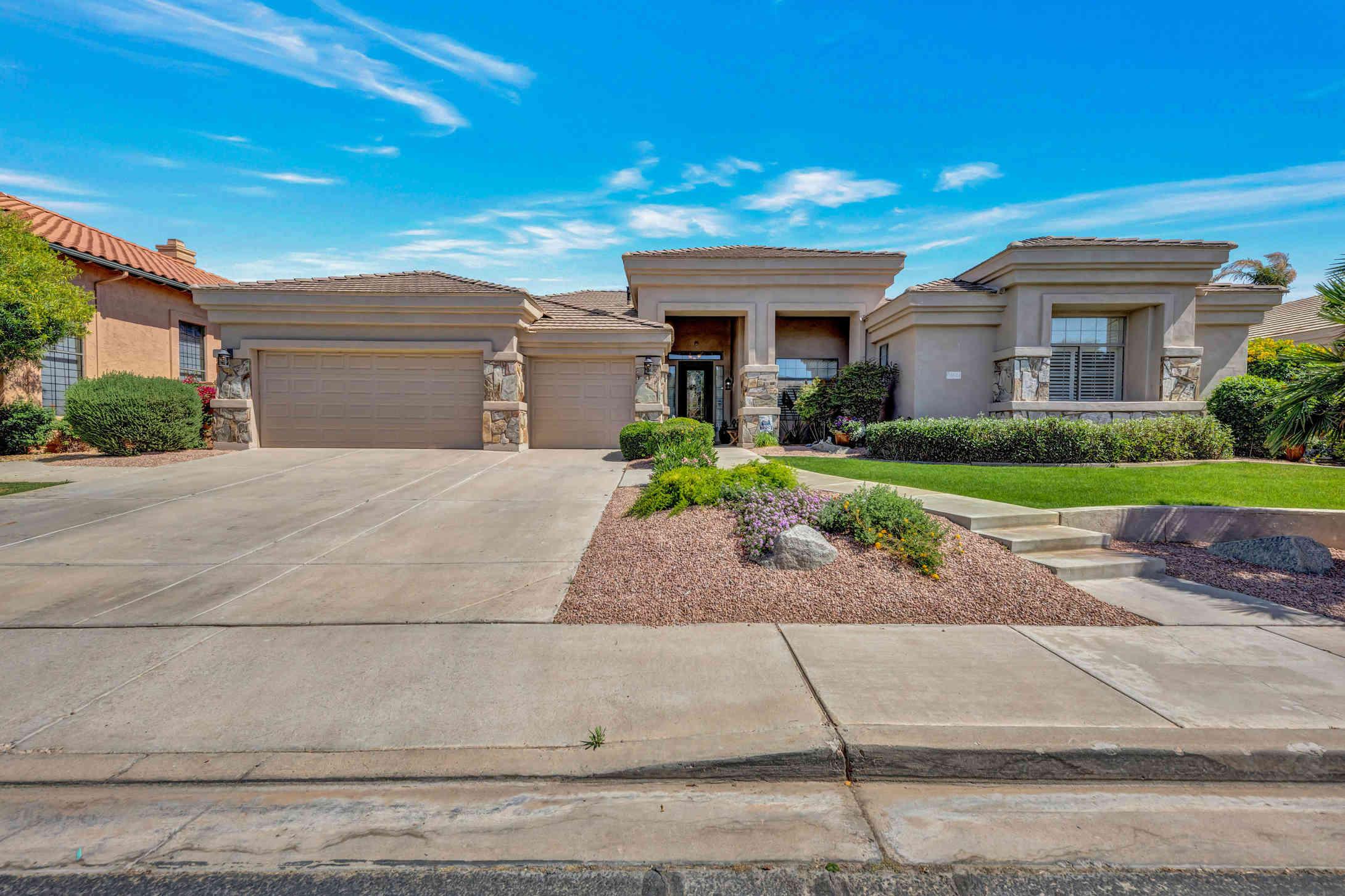 3621 S GREYTHORNE Way, Chandler, AZ, 85248,