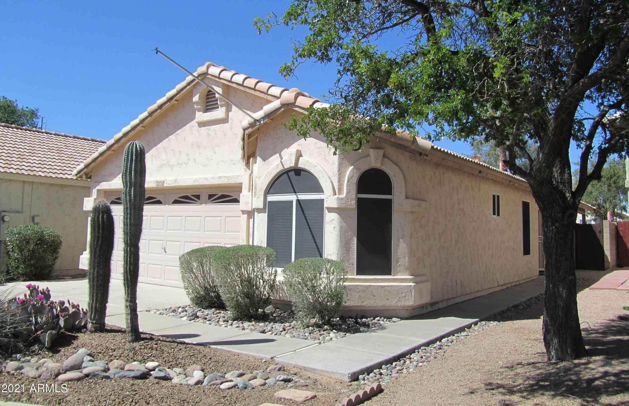 3252 E KERRY Lane, Phoenix, AZ, 85050,