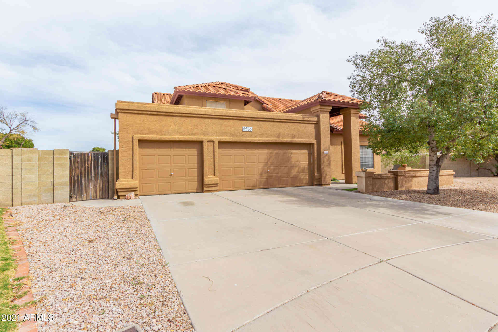 5965 E FOUNTAIN Circle, Mesa, AZ, 85205,
