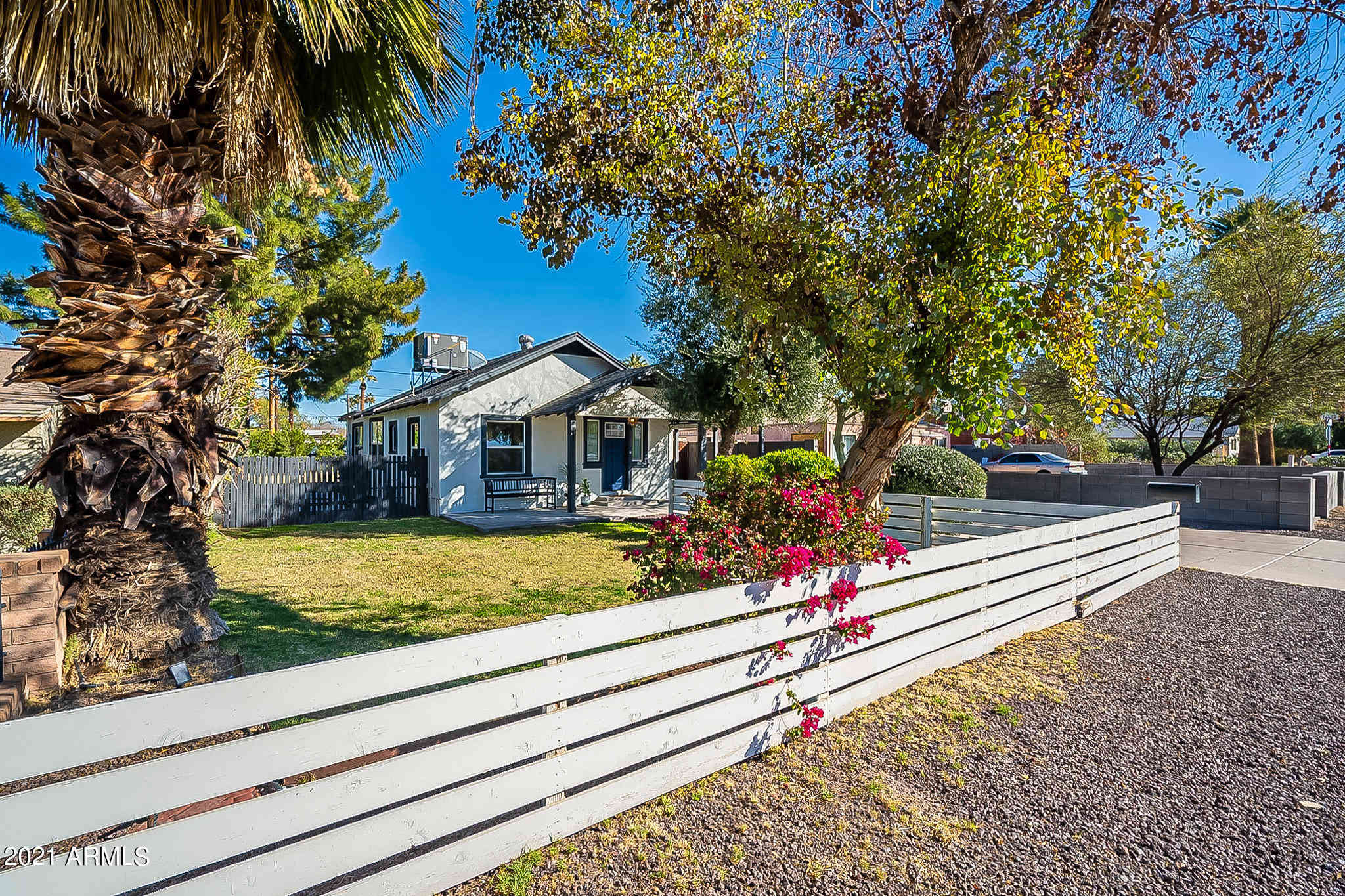 1340 E CAMPBELL Avenue, Phoenix, AZ, 85014,