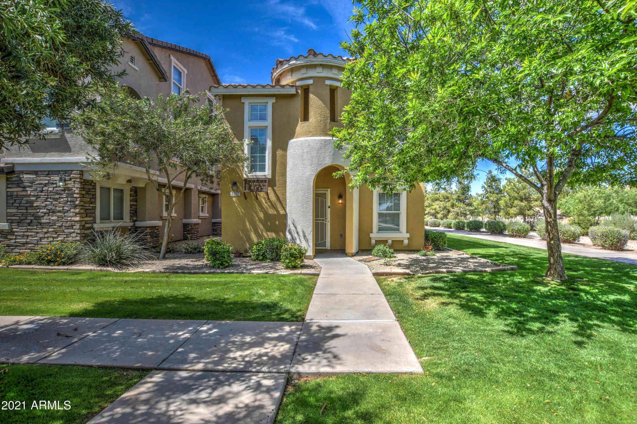 4352 E JASPER Drive, Gilbert, AZ, 85296,