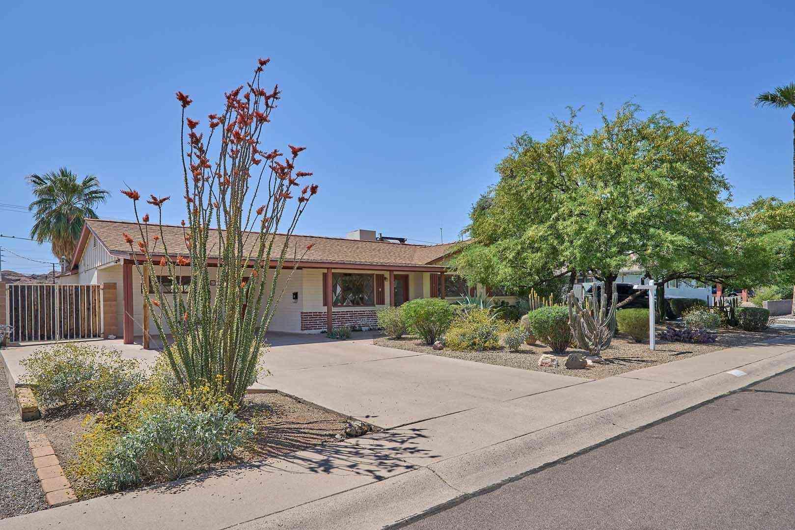 41 E PAPAGO Drive, Tempe, AZ, 85281,