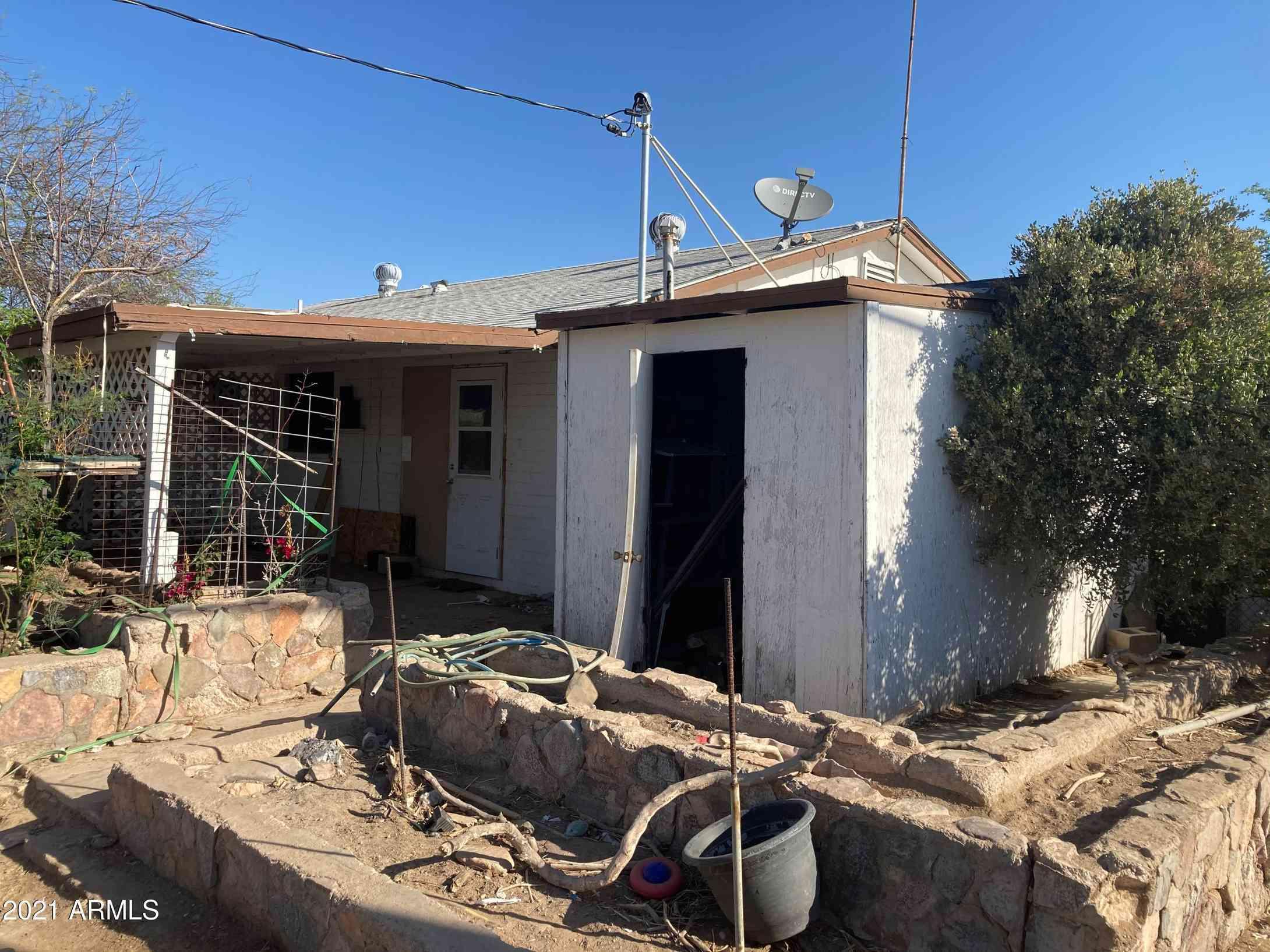 325 W ESSEX Road, Kearny, AZ, 85137,