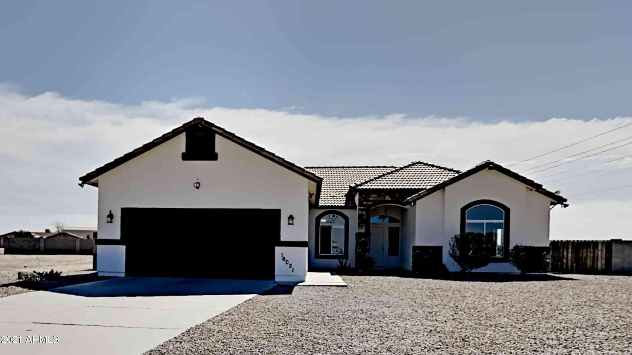 16021 S Stevens Place, Arizona City, AZ, 85123,