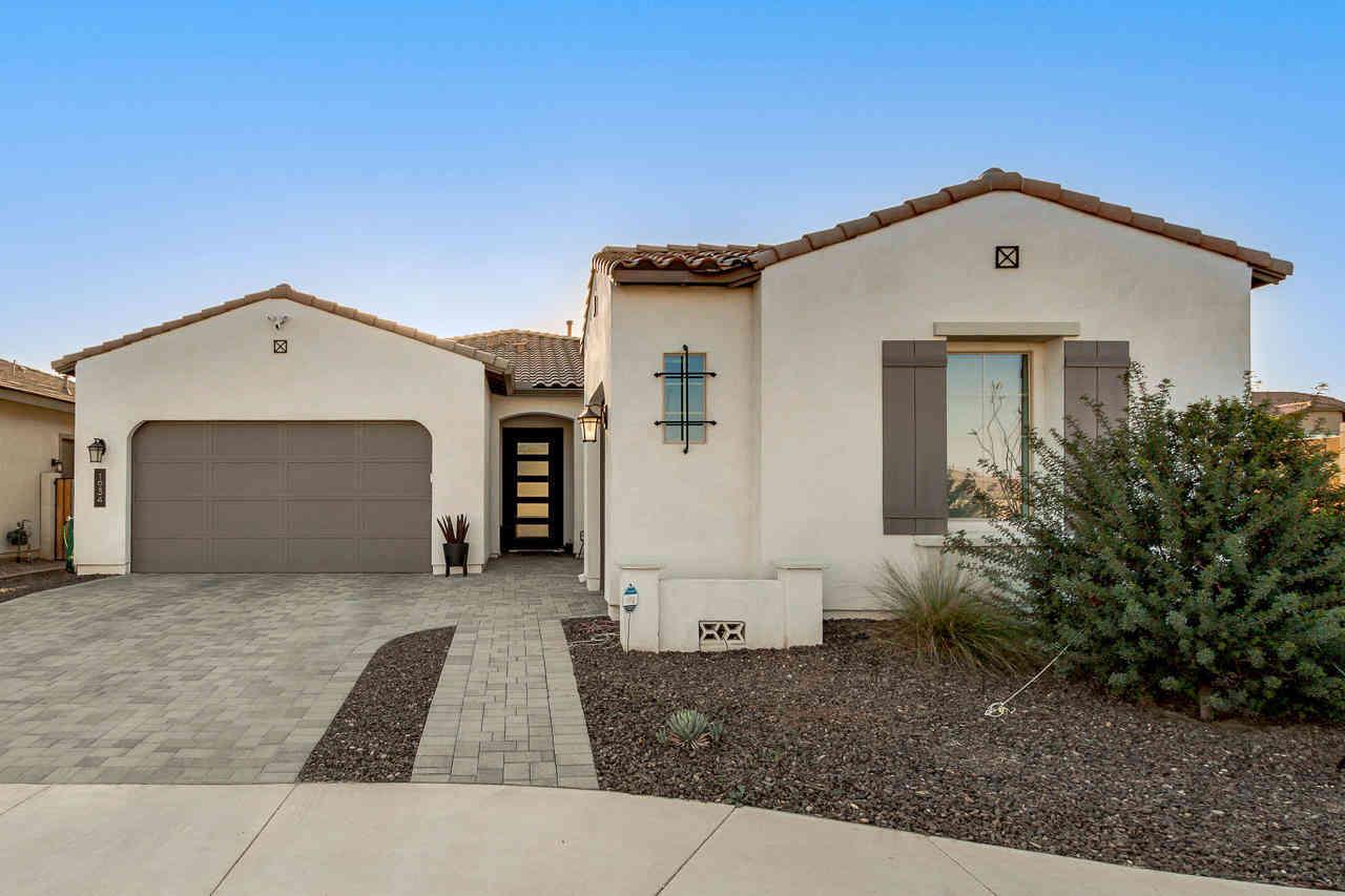 1934 S HENRY Lane, Gilbert, AZ, 85295,