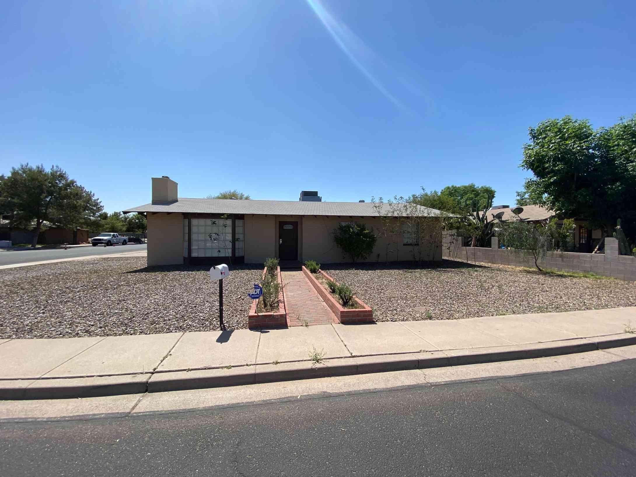161 E IVY Street, Mesa, AZ, 85201,