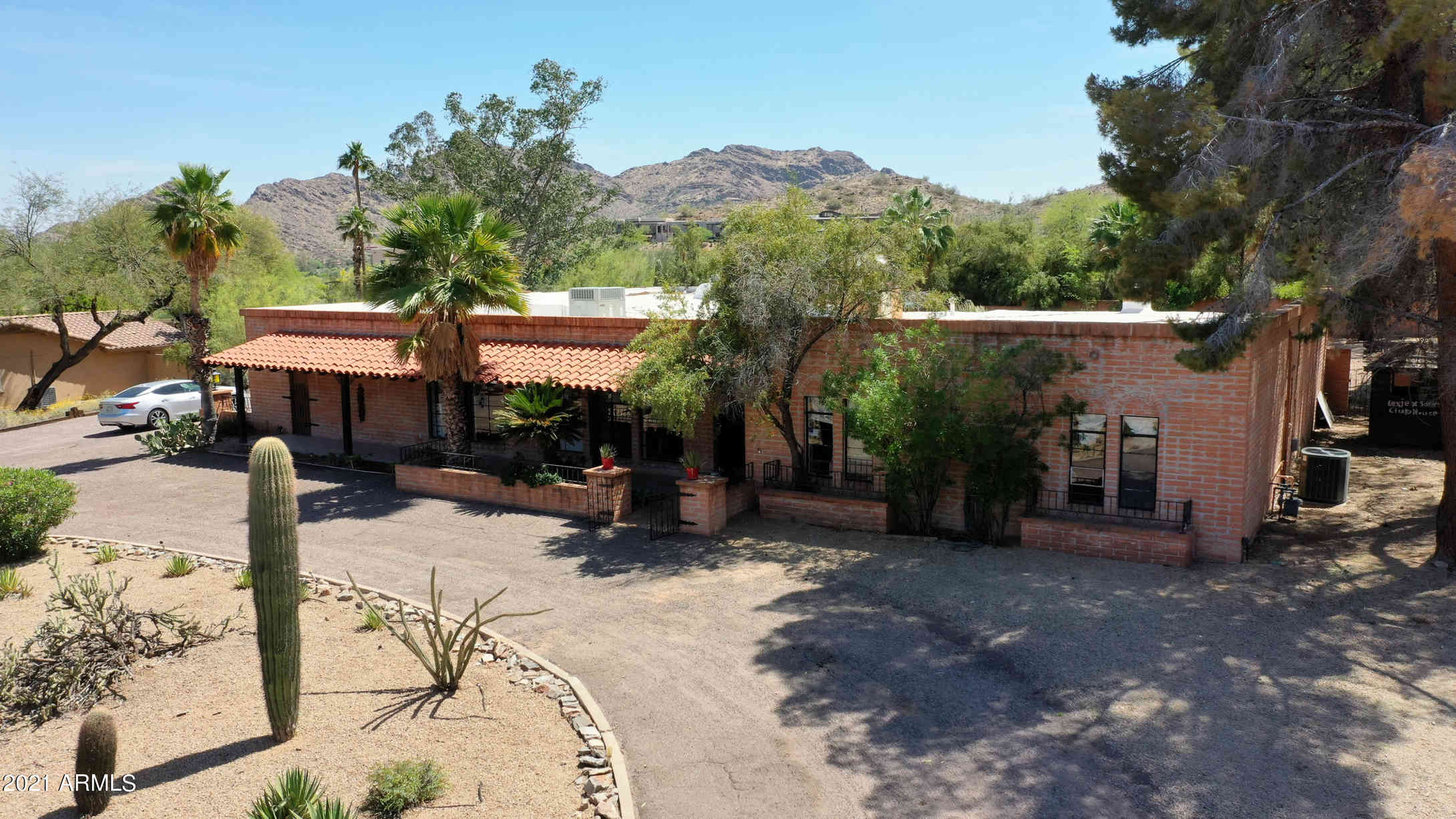4653 E SUNSET Drive, Phoenix, AZ, 85028,