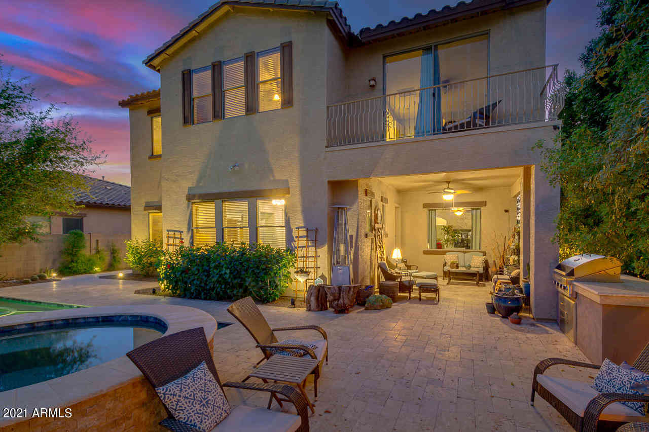 2883 S SOUTHWIND Drive, Gilbert, AZ, 85295,