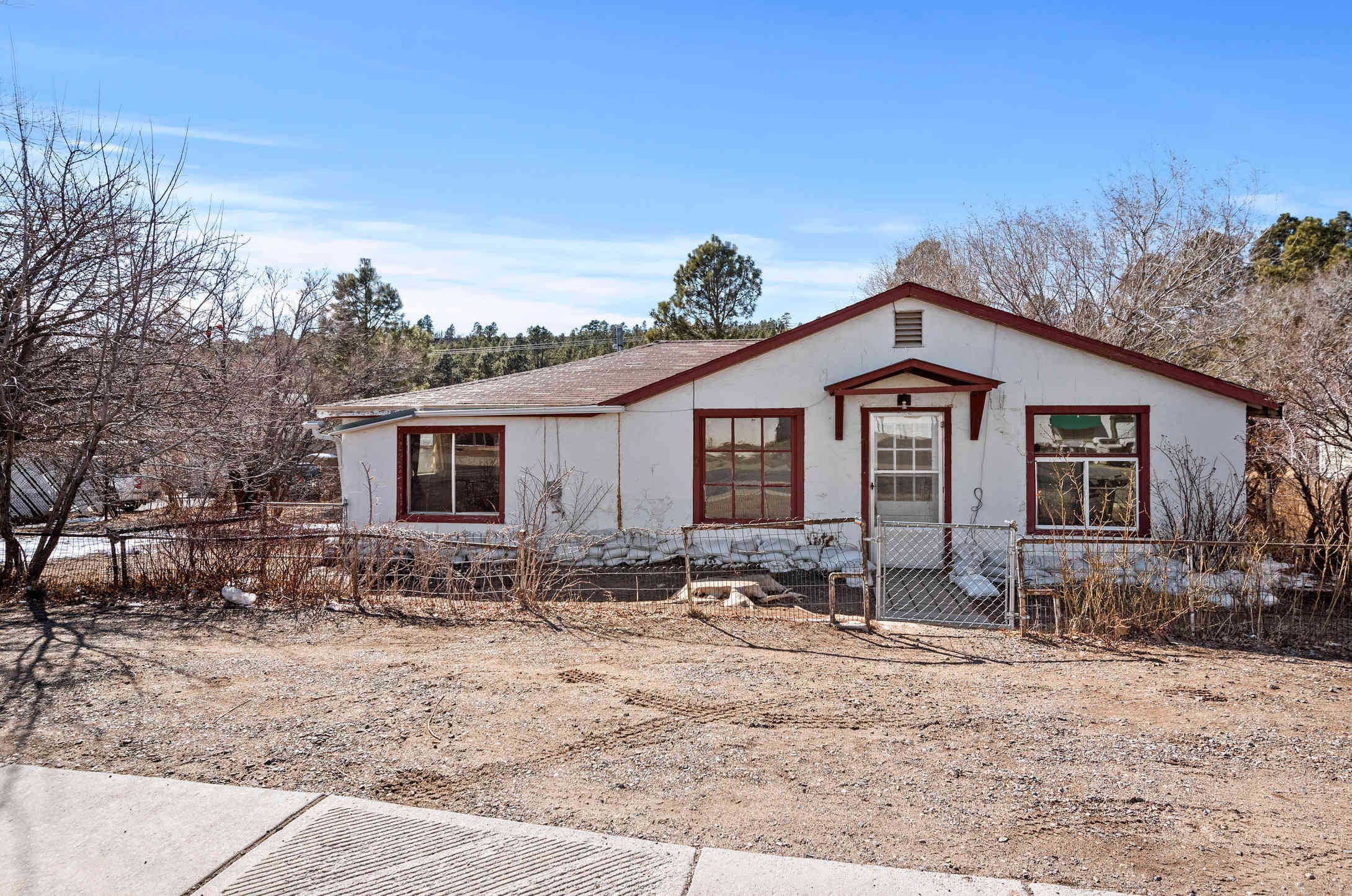 2113 N CENTER Street, Flagstaff, AZ, 86004,