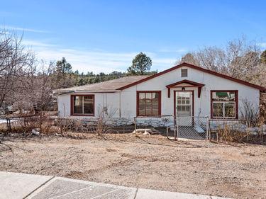 2113 N CENTER Street, Flagstaff, AZ, 86004,
